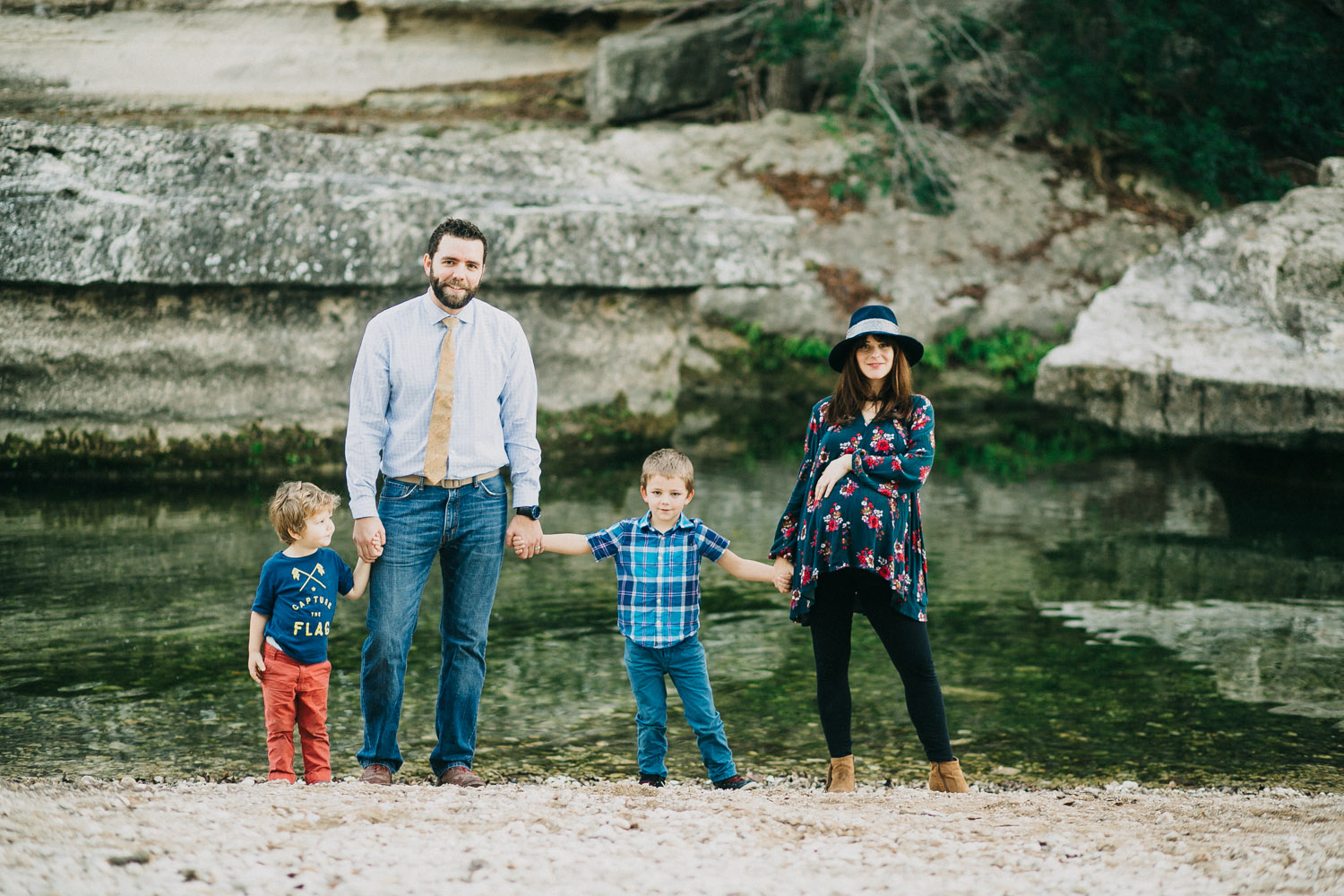 Outdoor Family Portrait at Bull Creek Park in Austin Texas | Lisa Woods Photography