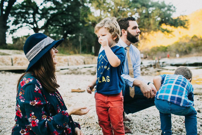 Stylish Family Portraits at Bull Creek in Austin Texas | Lisa Woods Photography