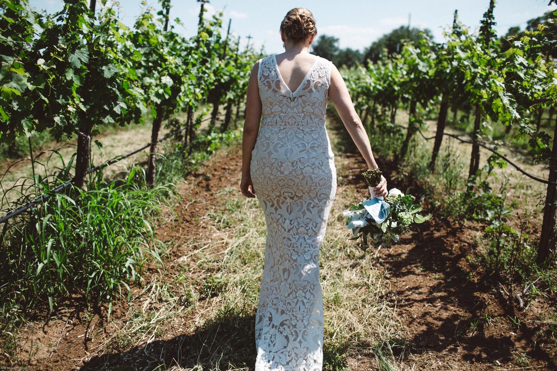 spicewood vineyards wedding-3.jpg