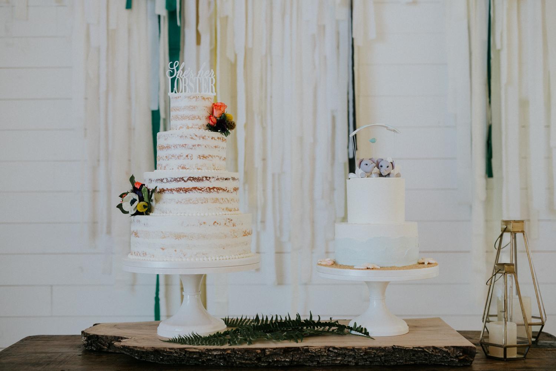 lovebirds sweets wedding cakes