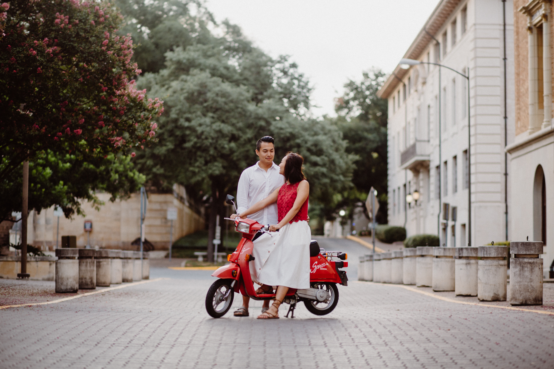 scooter-engagement-session- e&e-7.jpg