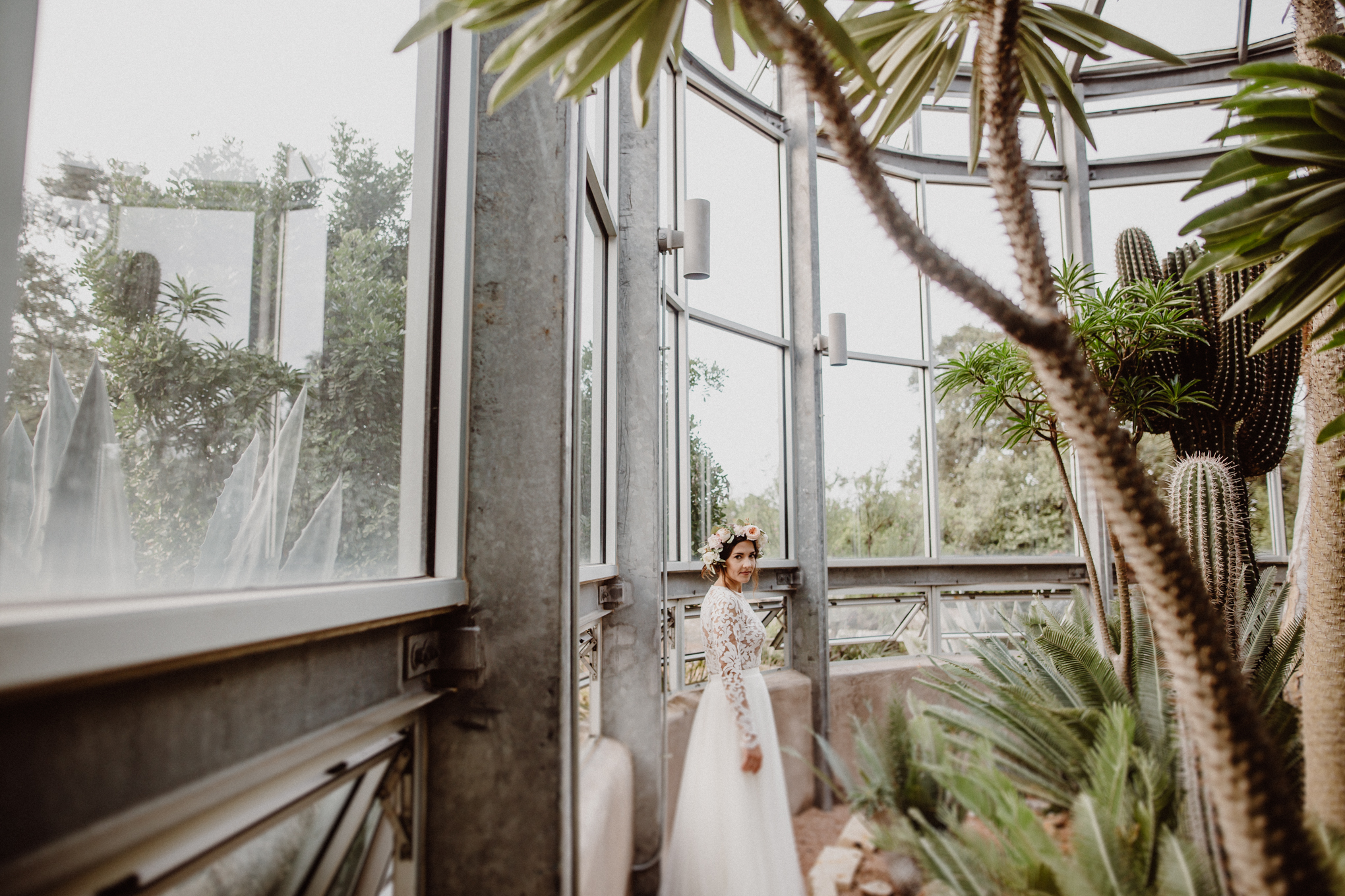 greenhouse-at-driftwood-bridals-emily-121.jpg