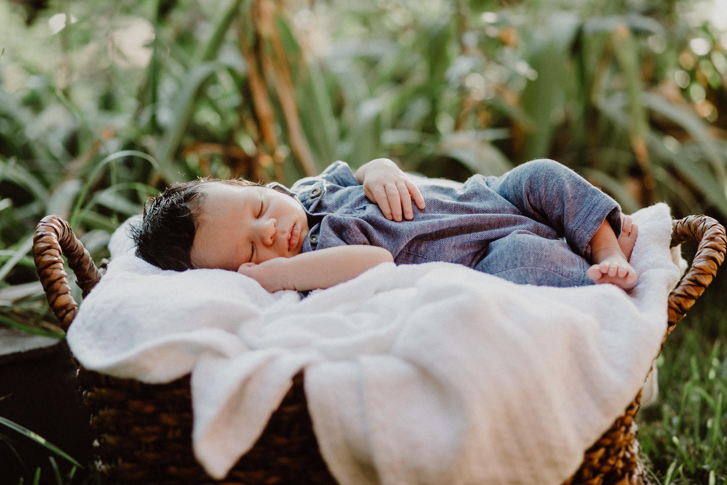 in-home-newborn-austin-xavi-63.jpg
