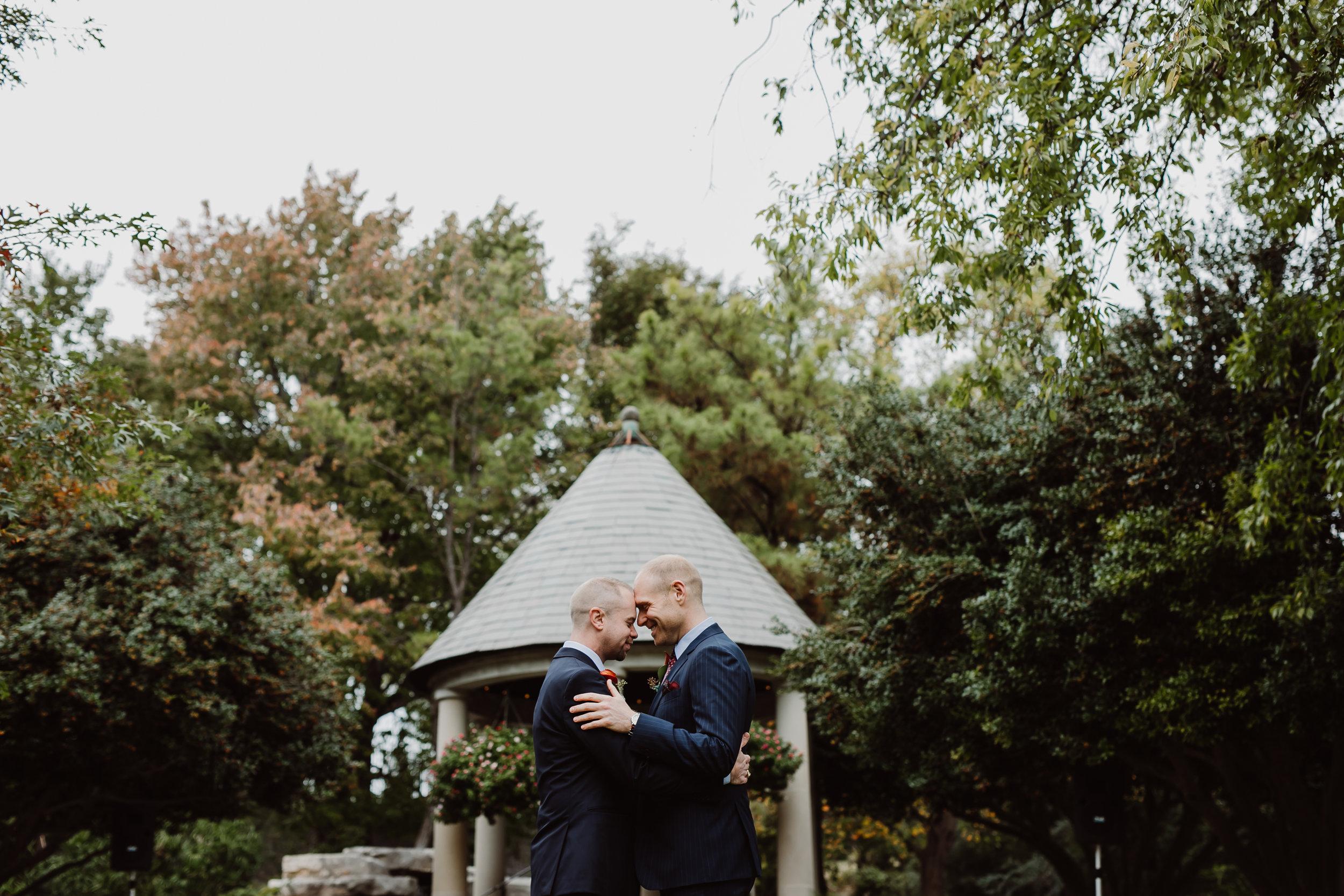 ftworth-botanical-gardens-wedding-M&T (180 of 548).jpg
