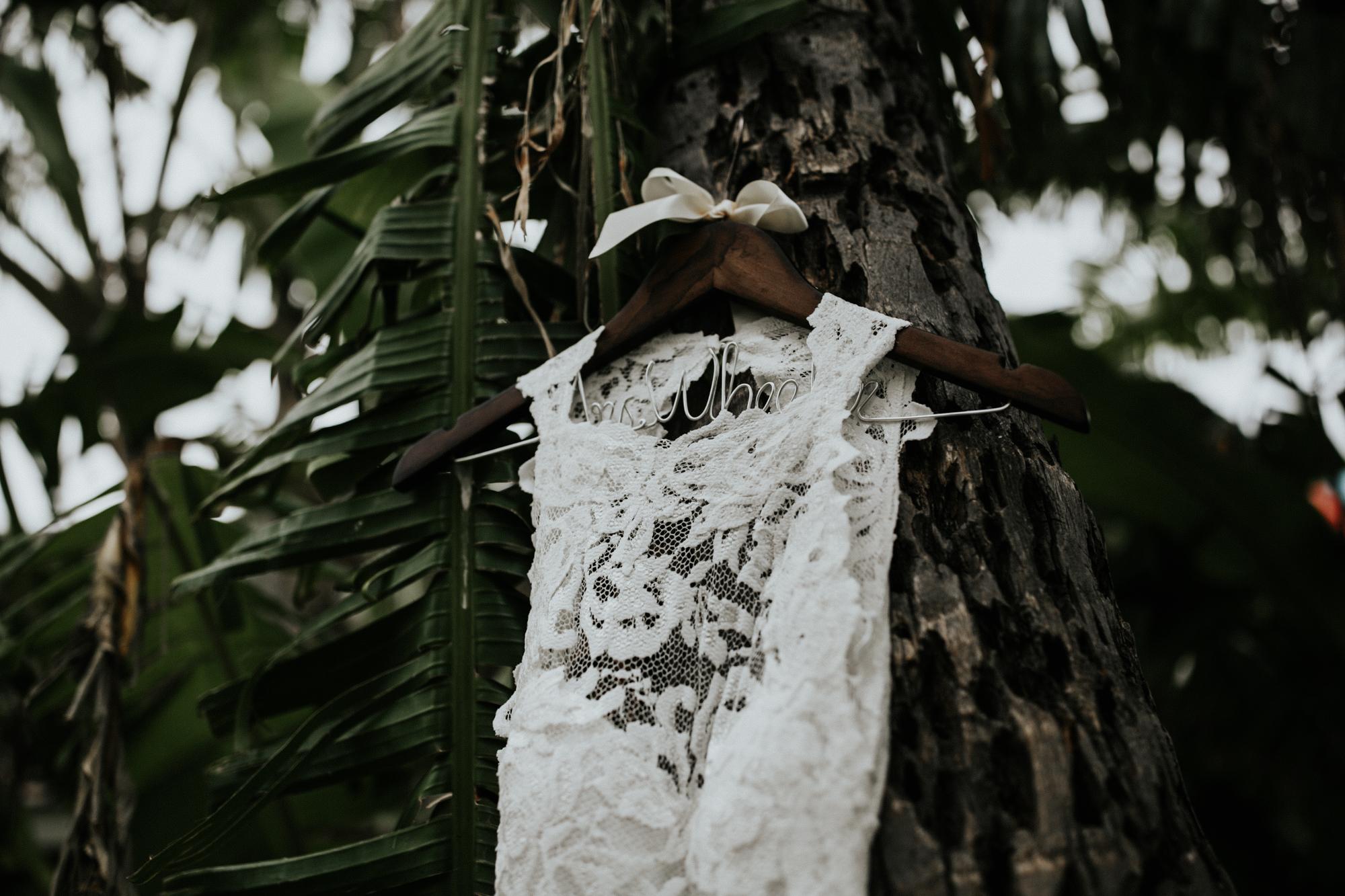 destination-wedding-photographer-hawaii-maui-elopement-3.jpg