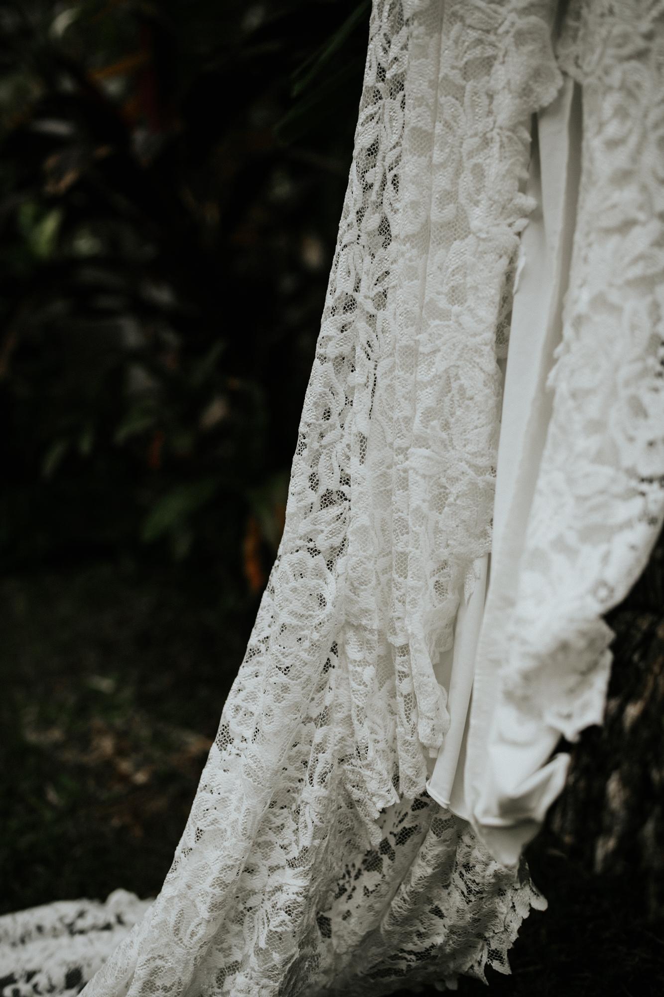 destination-wedding-photographer-hawaii-maui-elopement-4.jpg