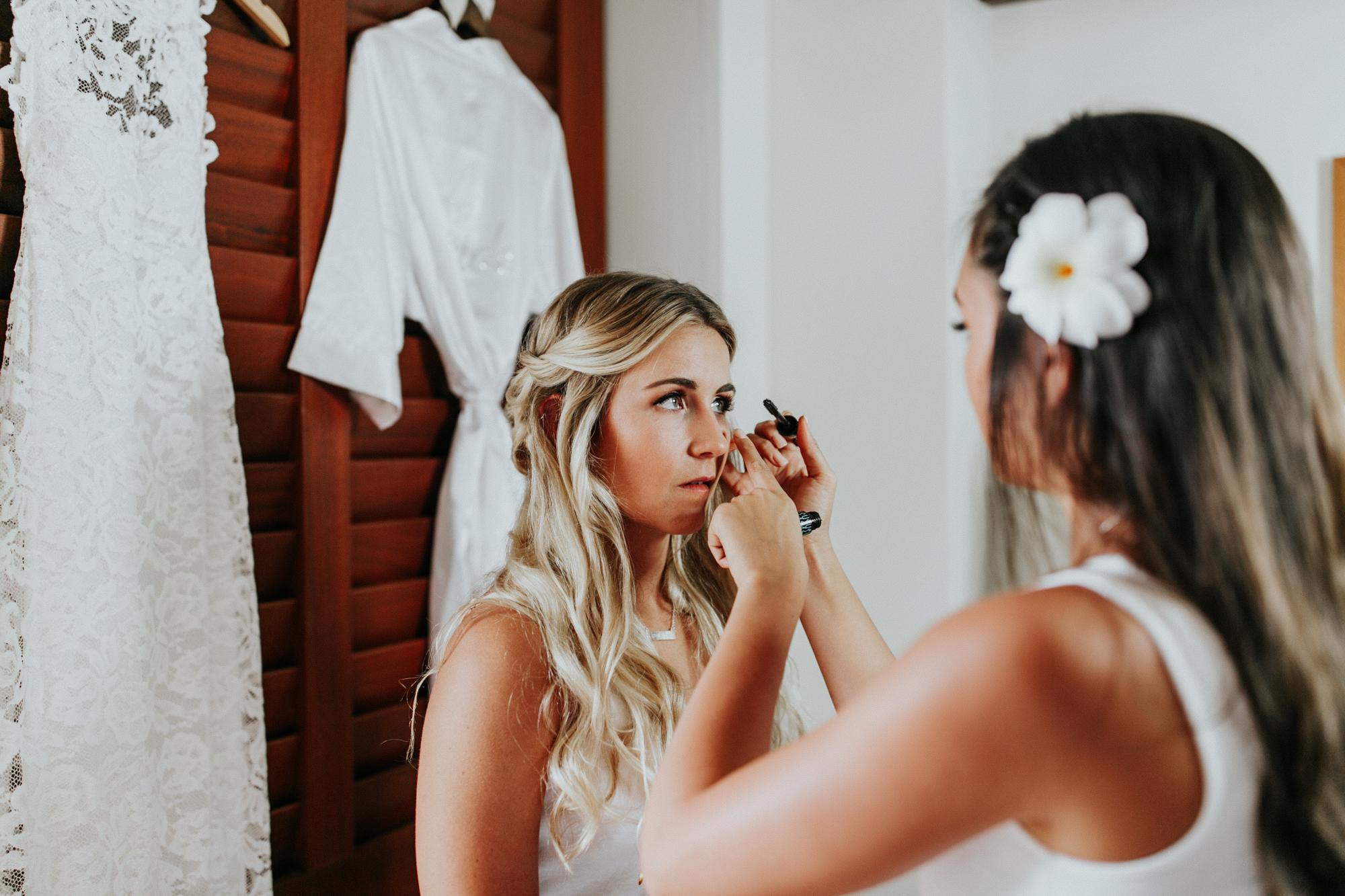 destination-wedding-photographer-hawaii-maui-elopement-12.jpg