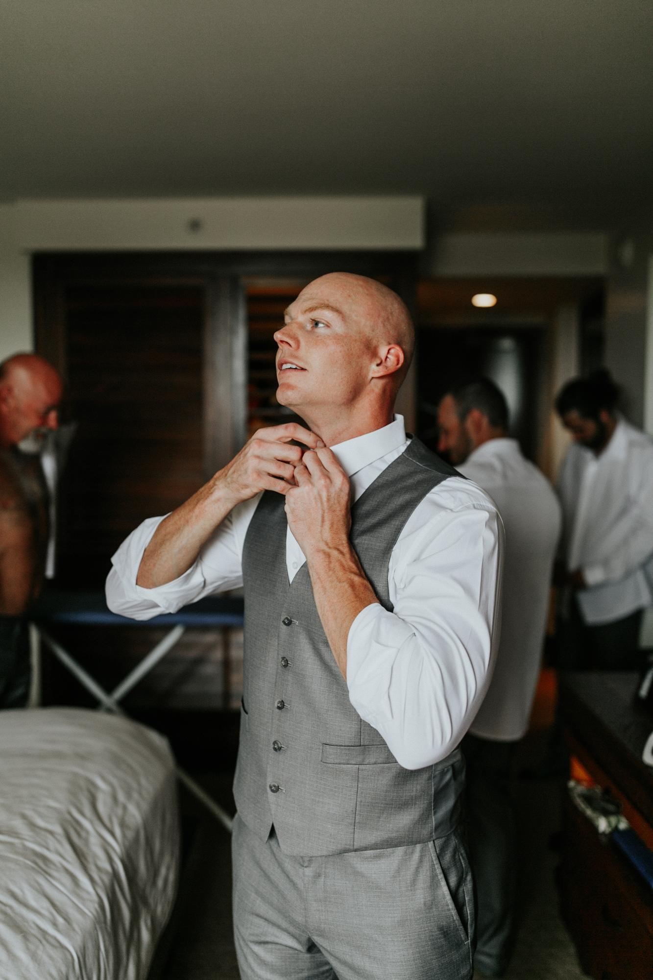destination-wedding-photographer-hawaii-maui-elopement-20.jpg