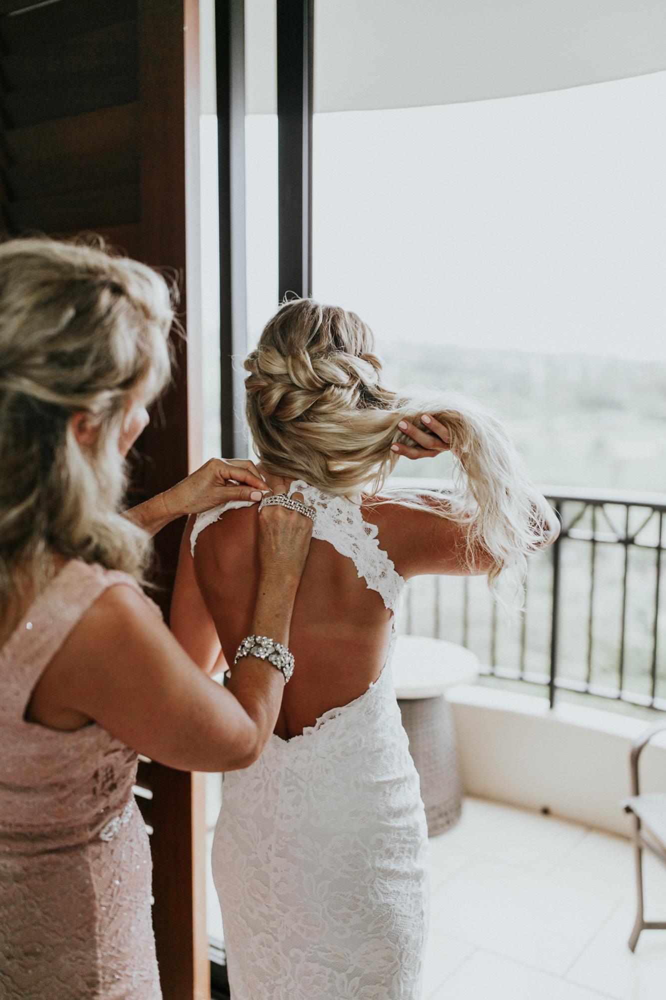 destination-wedding-photographer-hawaii-maui-elopement-25.jpg