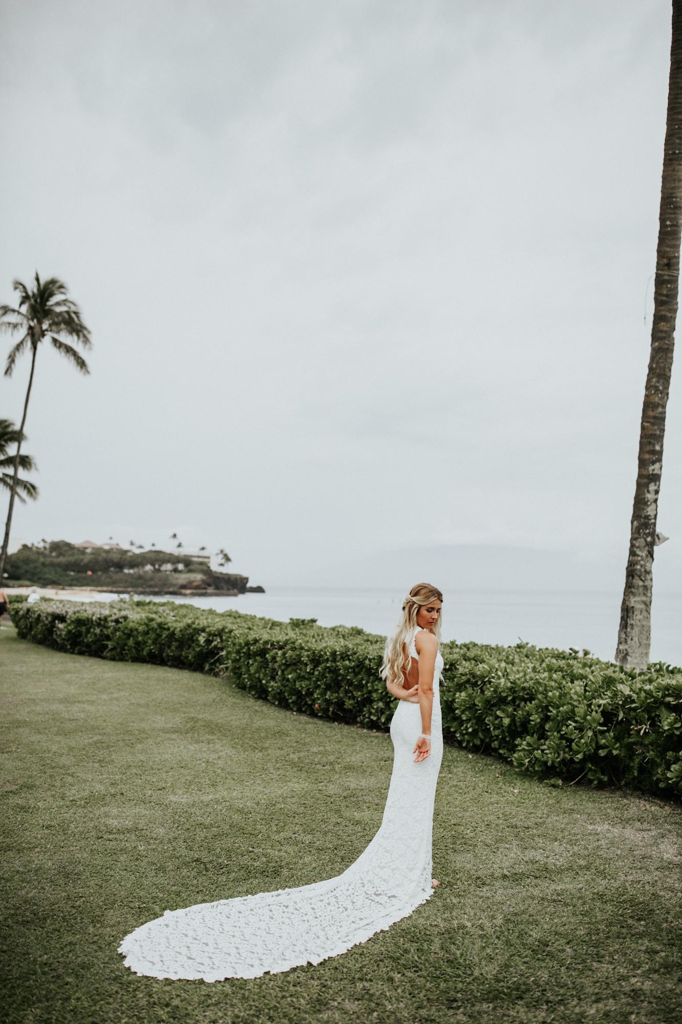 destination-wedding-photographer-hawaii-maui-elopement-38.jpg
