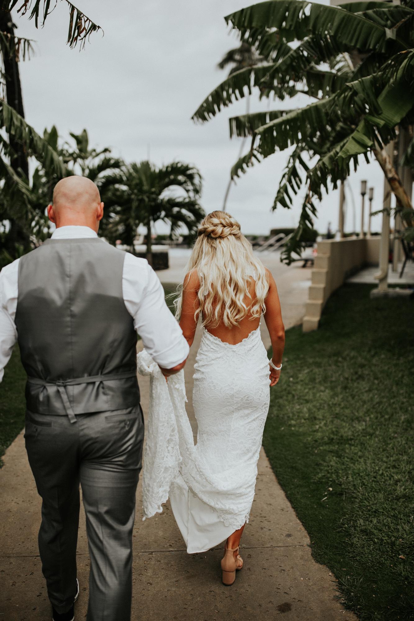 destination-wedding-photographer-hawaii-maui-elopement-37.jpg