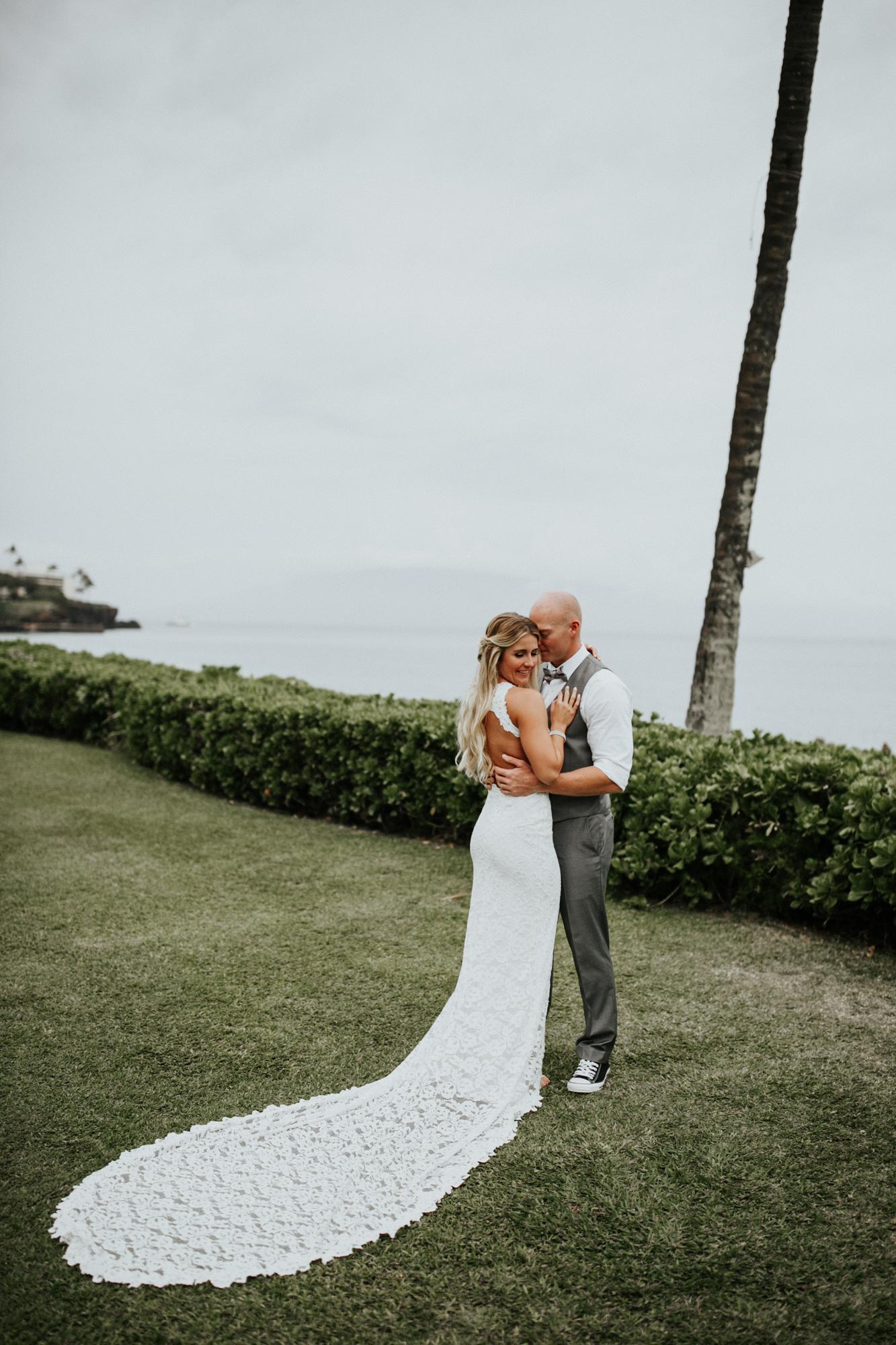 destination-wedding-photographer-hawaii-maui-elopement-40.jpg