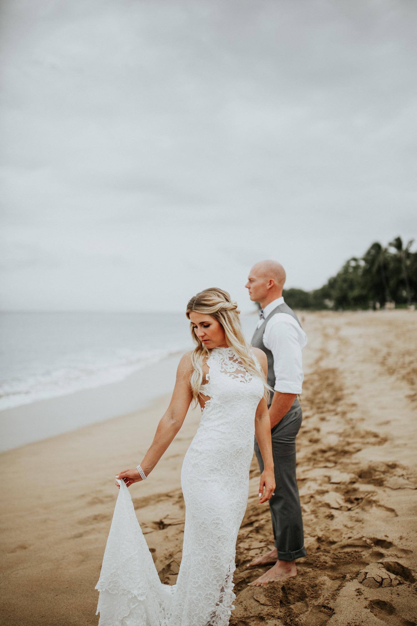 destination-wedding-photographer-hawaii-maui-elopement-49.jpg