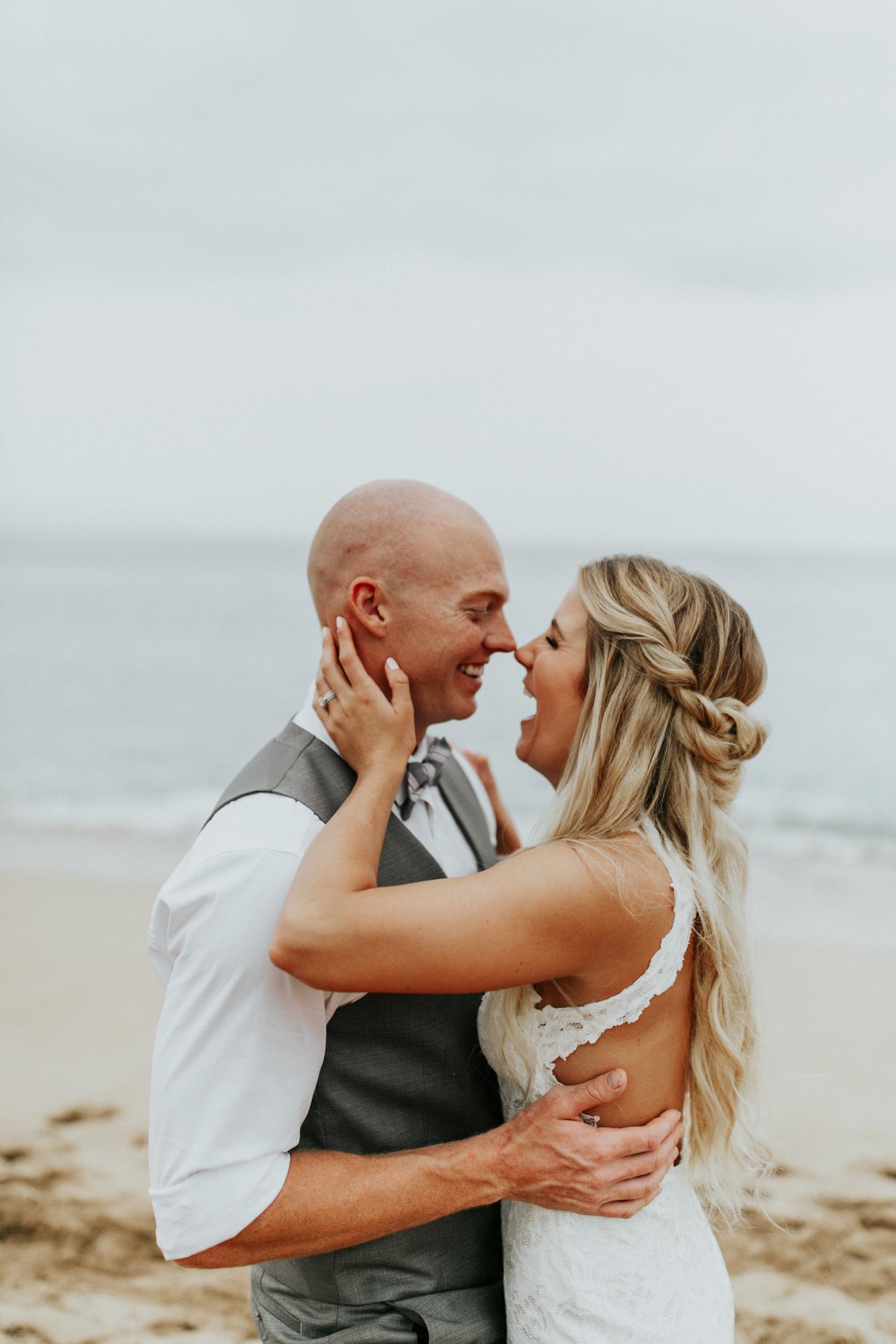 destination-wedding-photographer-hawaii-maui-elopement-52.jpg