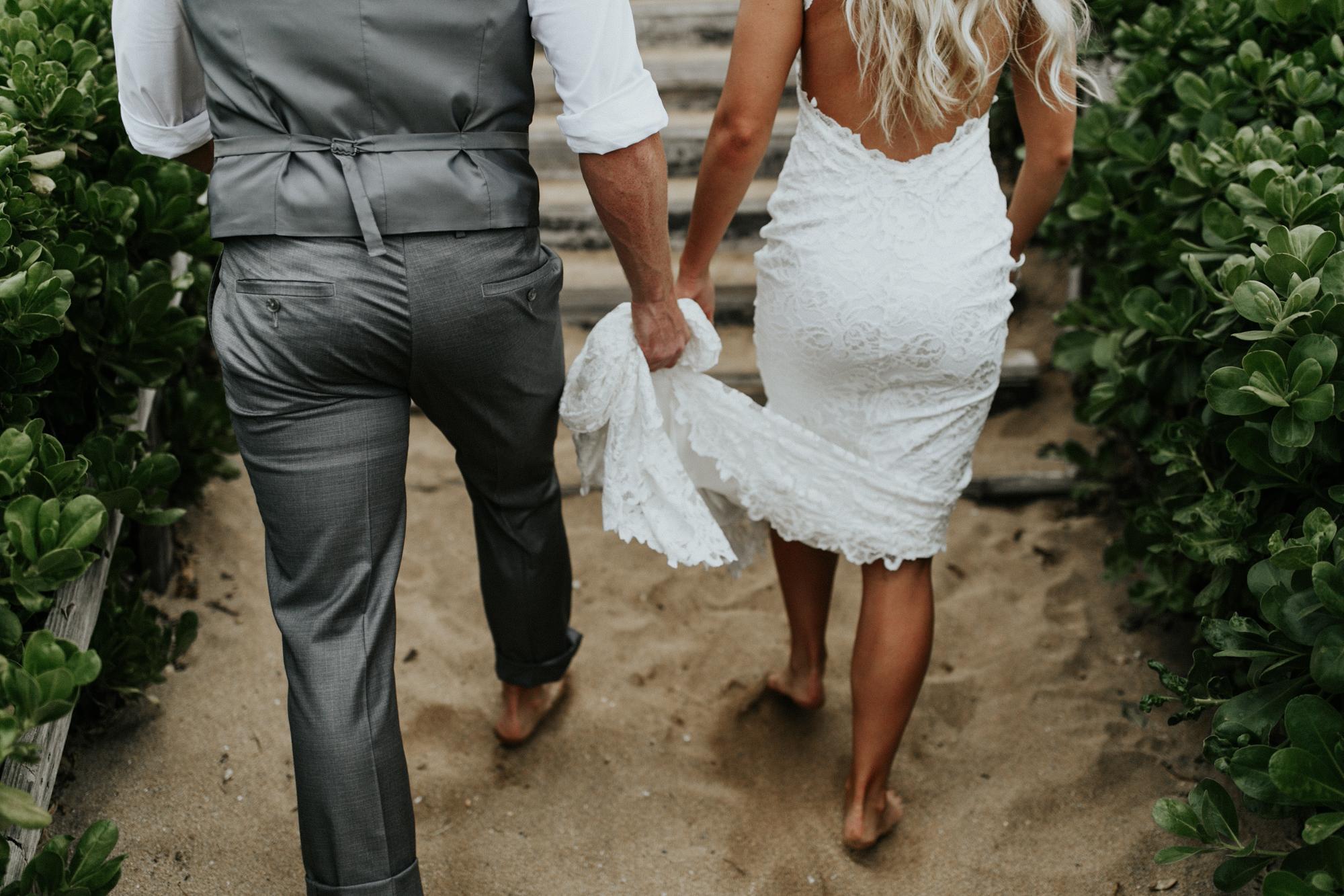 destination-wedding-photographer-hawaii-maui-elopement-54.jpg