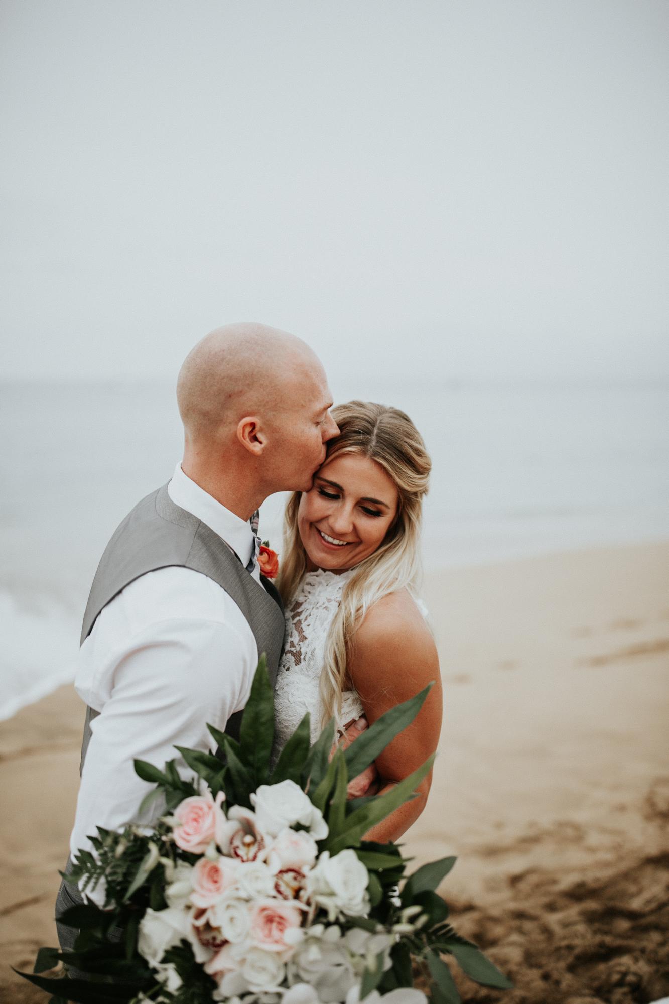 destination-wedding-photographer-hawaii-maui-elopement-86.jpg