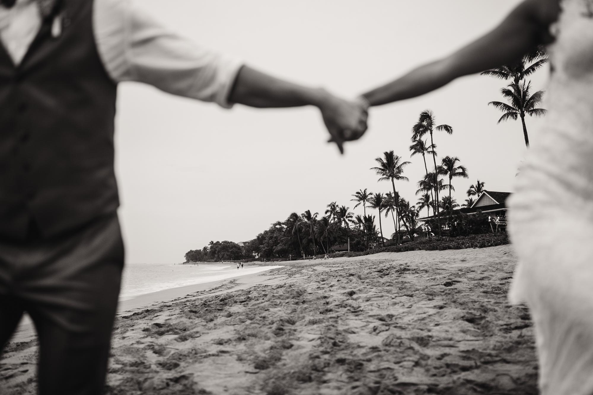 destination-wedding-photographer-hawaii-maui-elopement-91.jpg