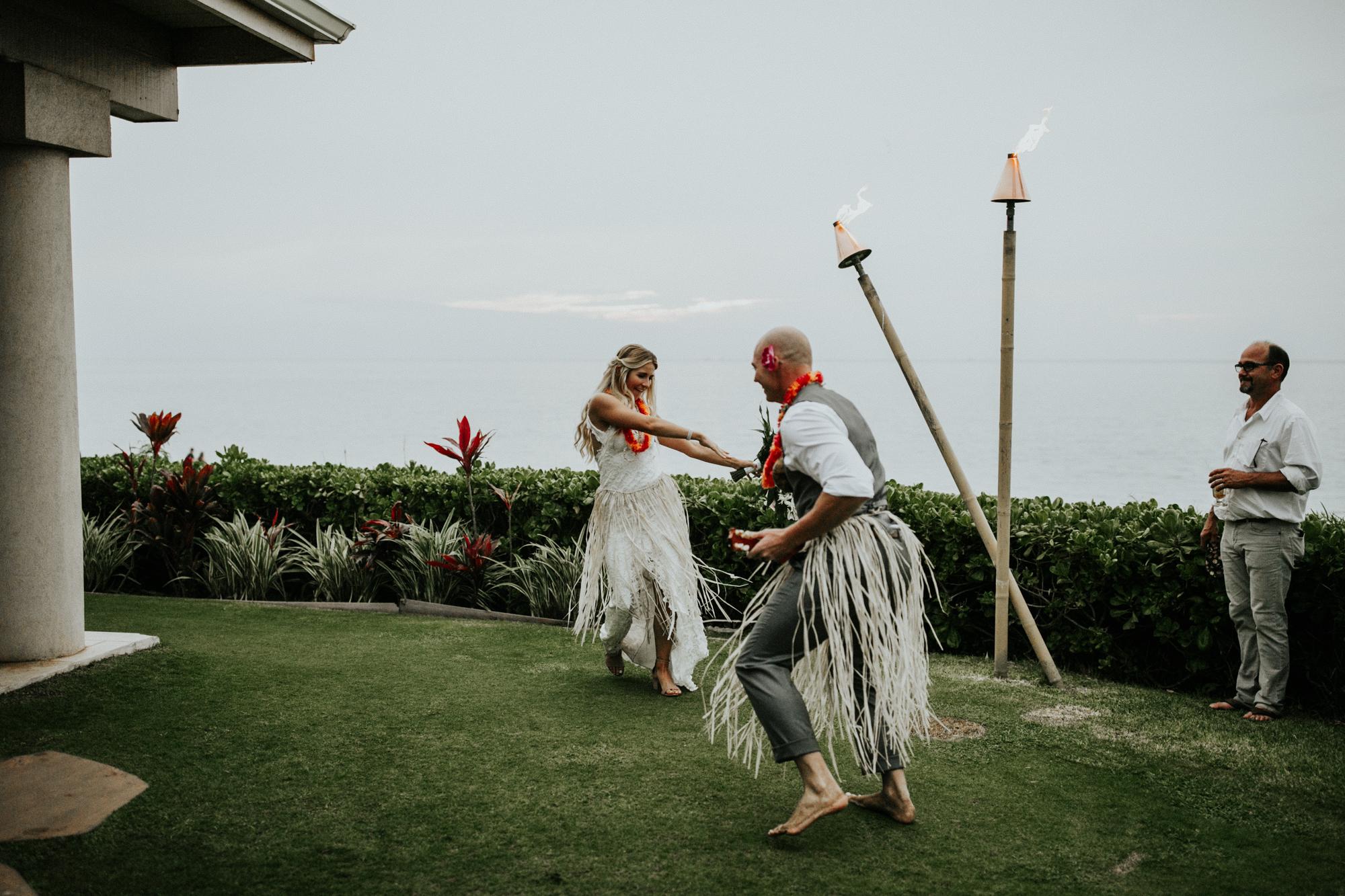 destination-wedding-photographer-hawaii-maui-elopement-96.jpg
