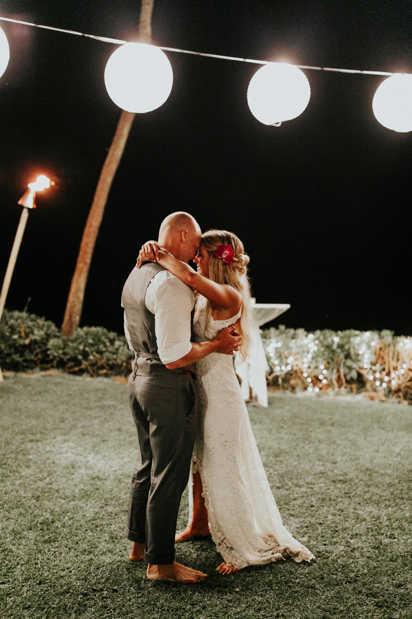 destination-wedding-photographer-hawaii-maui-elopement-123.jpg