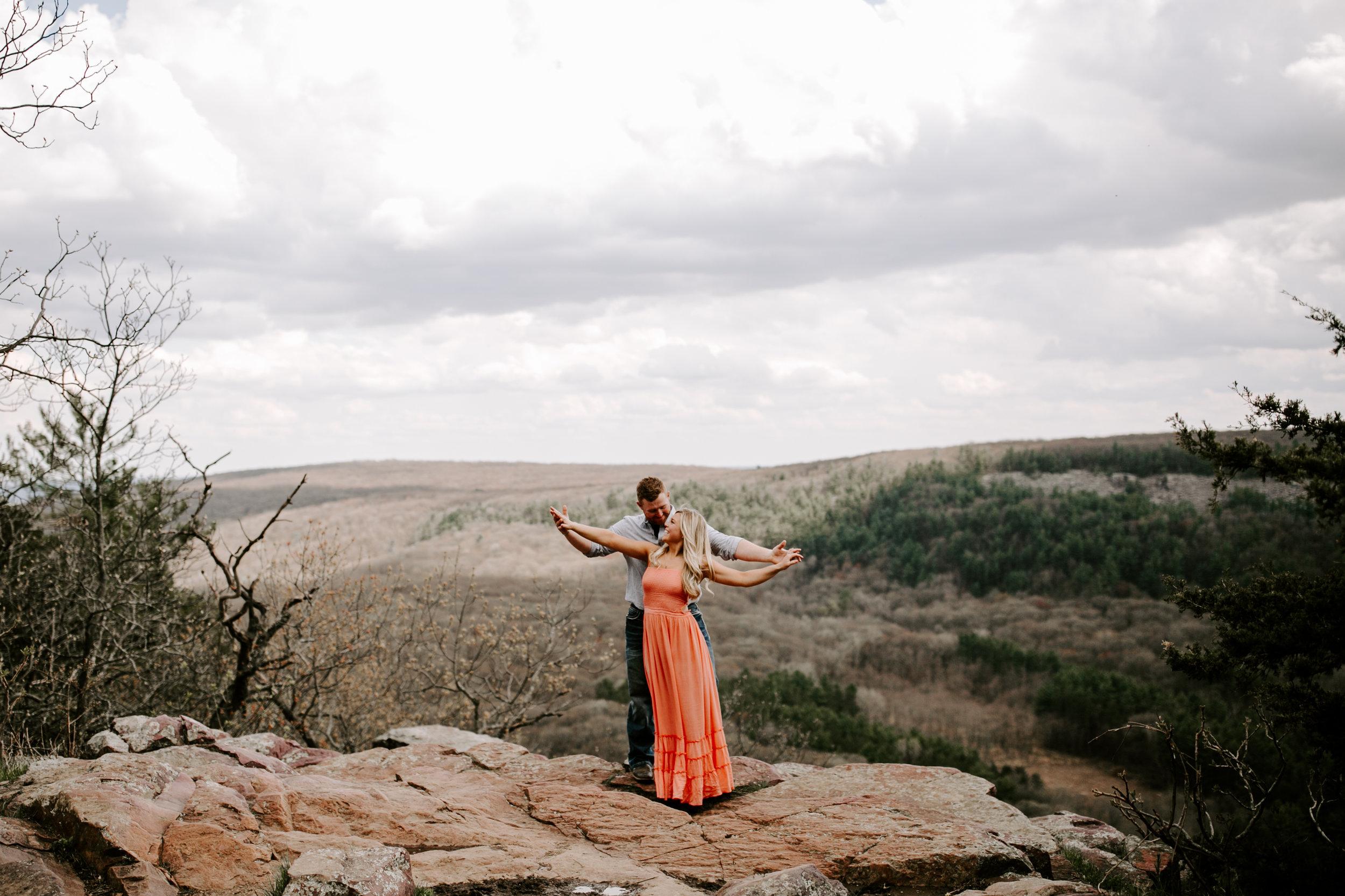 gracetphotography-wedding-photographer-adventure-bride-engagement-8.jpg