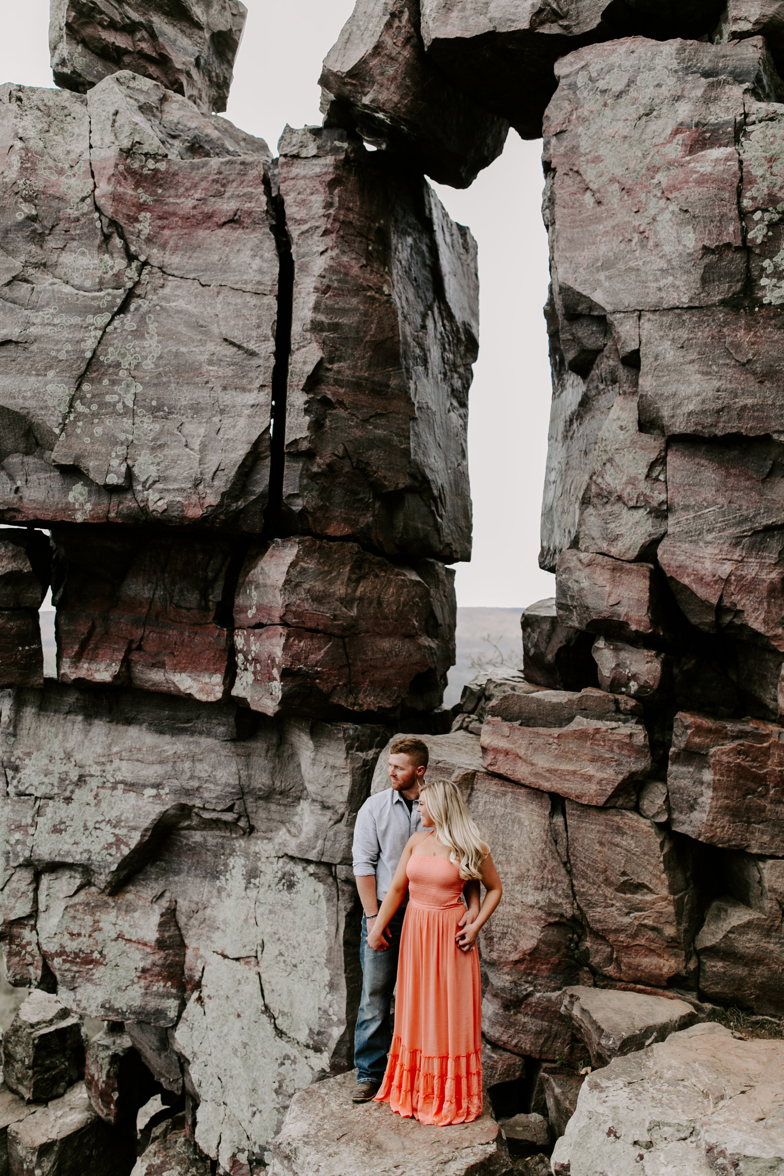 gracetphotography-wedding-photographer-adventure-bride-engagement-12.jpg