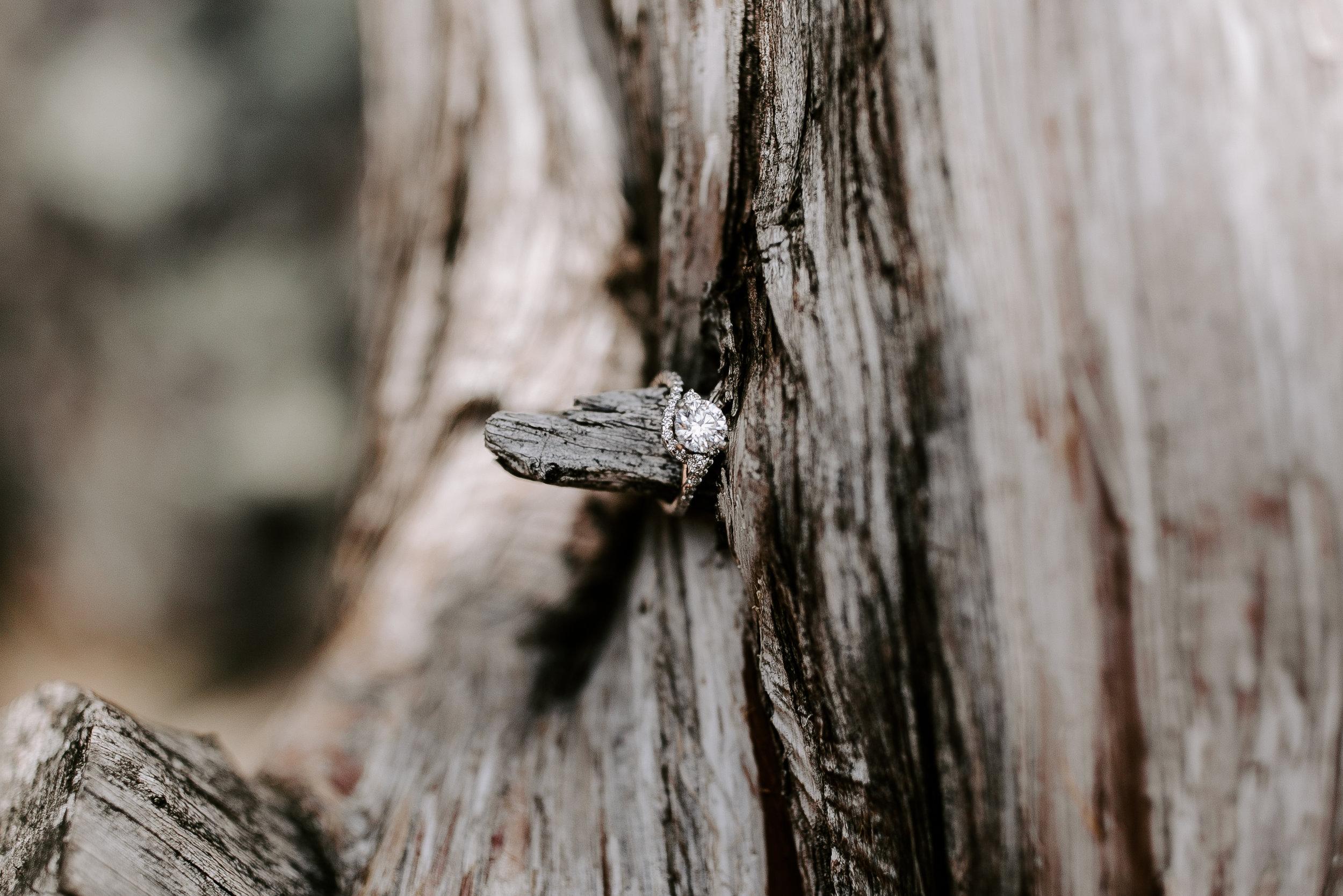 gracetphotography-wedding-photographer-adventure-bride-engagement-21.jpg