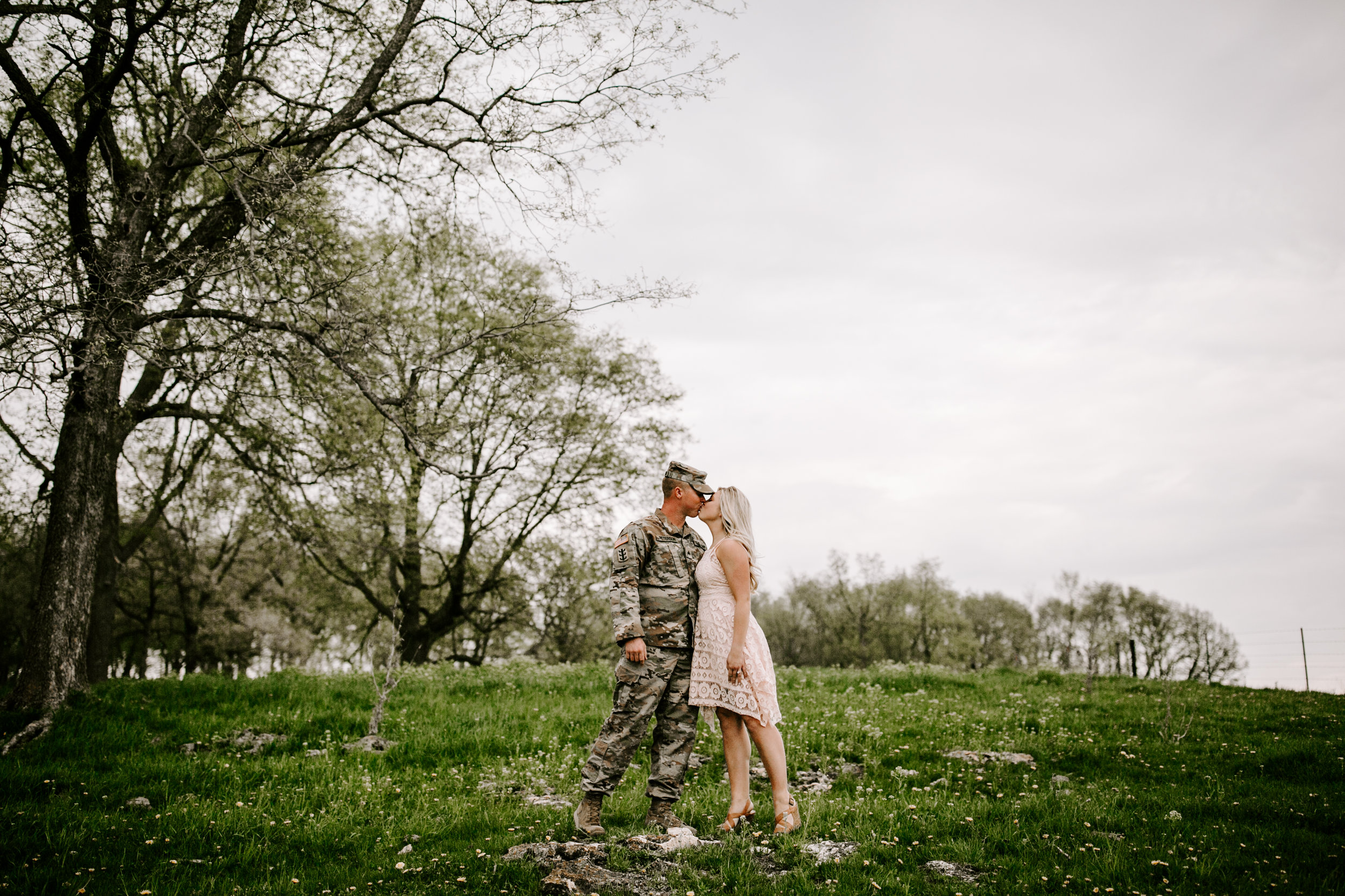 gracetphotography-wedding-photographer-adventure-bride-engagement-23.jpg
