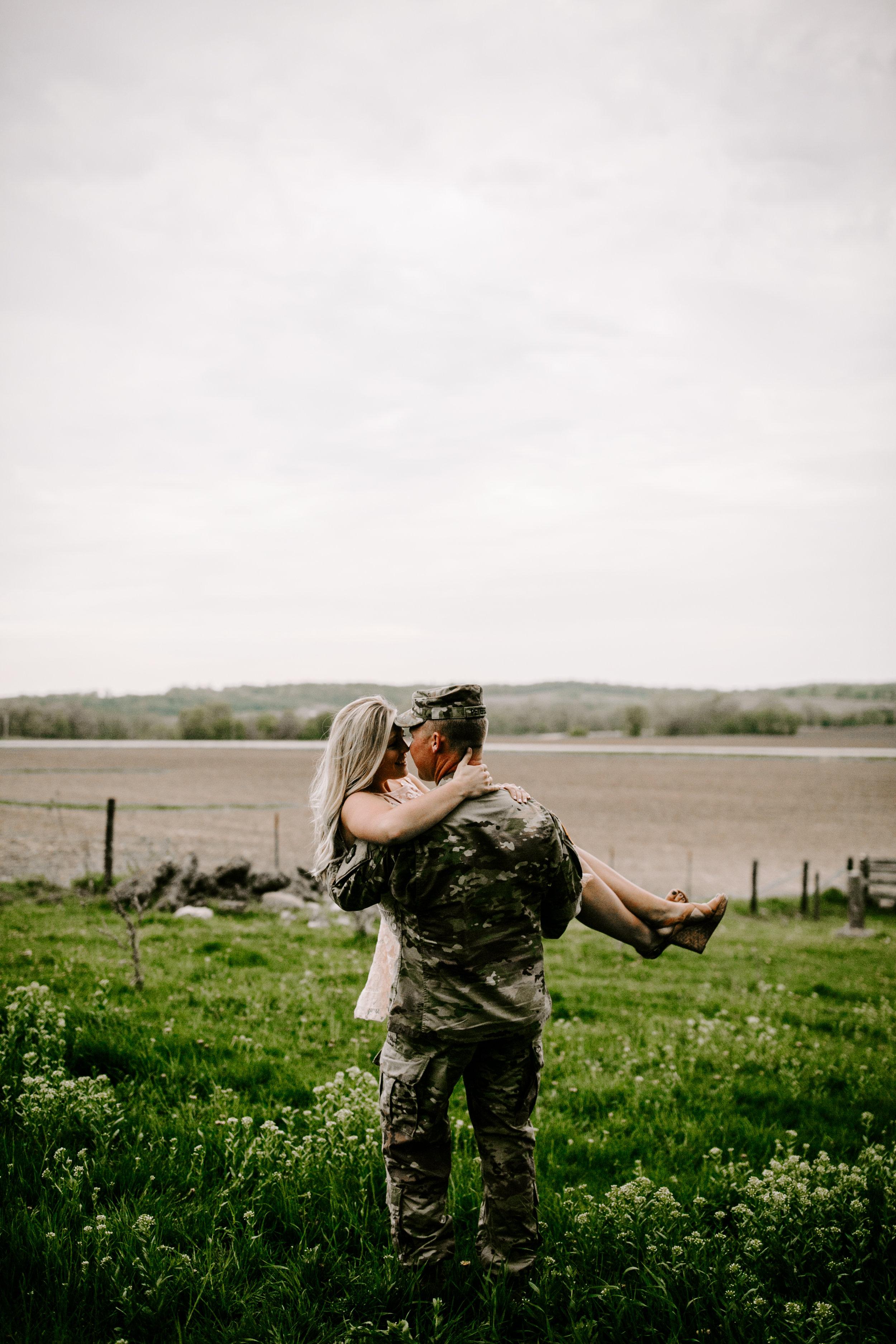 gracetphotography-wedding-photographer-adventure-bride-engagement-26.jpg