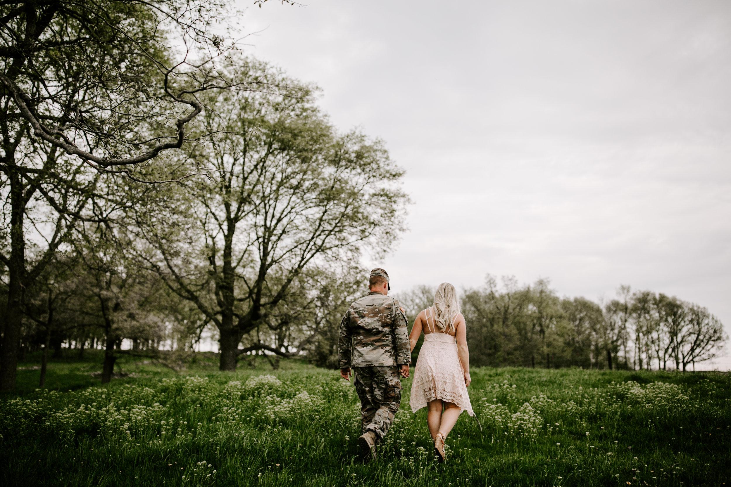 gracetphotography-wedding-photographer-adventure-bride-engagement-24.jpg