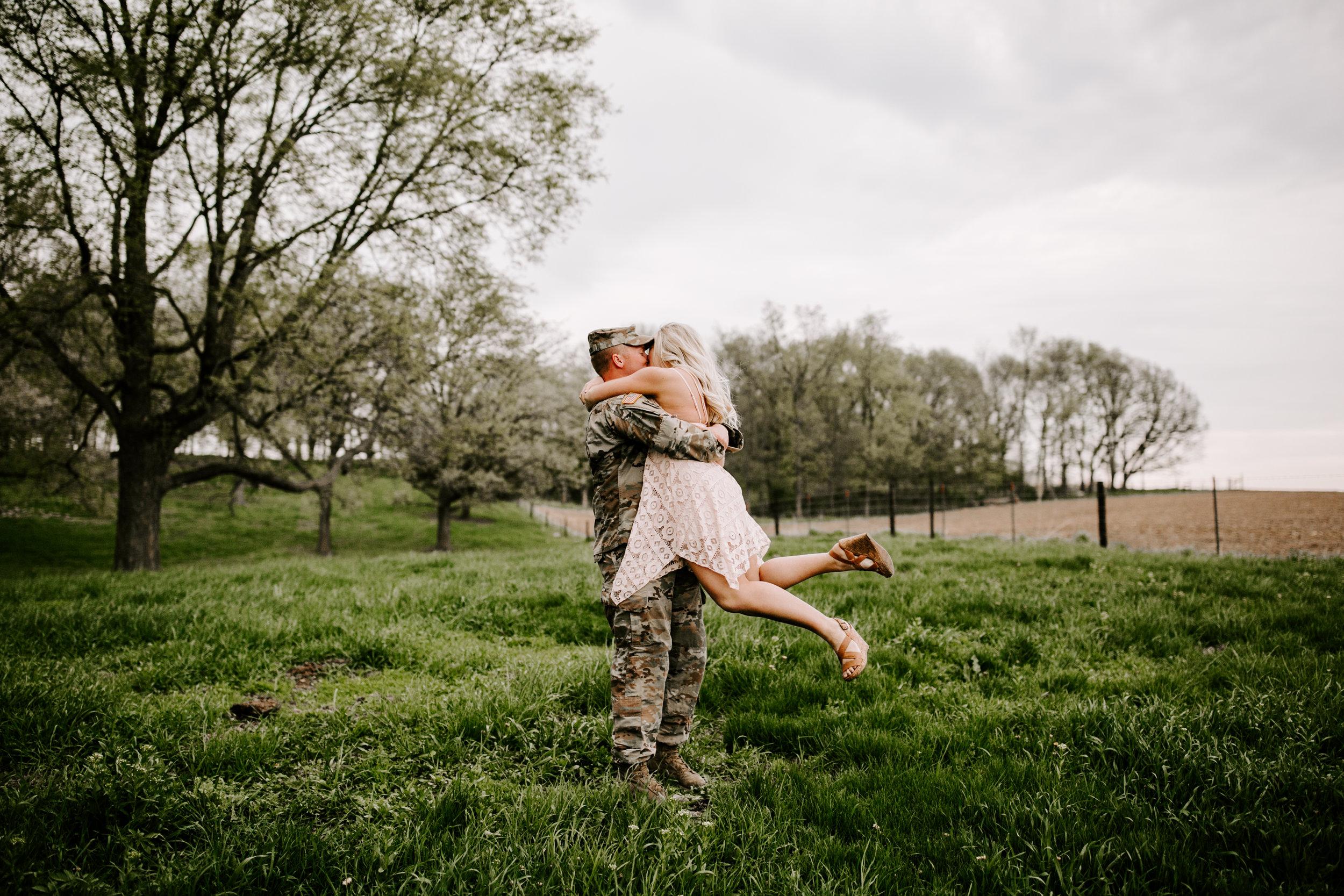 gracetphotography-wedding-photographer-adventure-bride-engagement-28.jpg