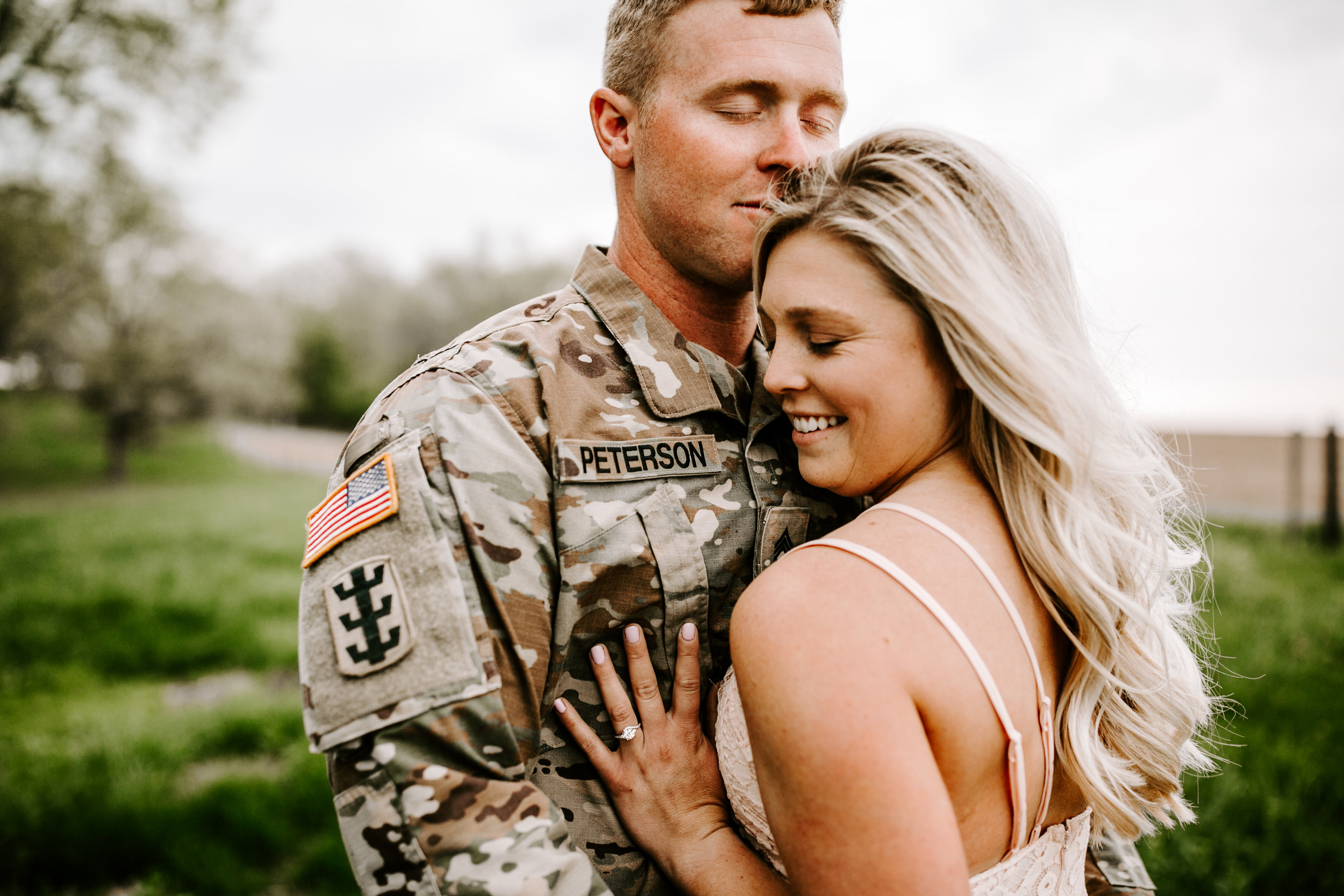 gracetphotography-wedding-photographer-adventure-bride-engagement-31.jpg