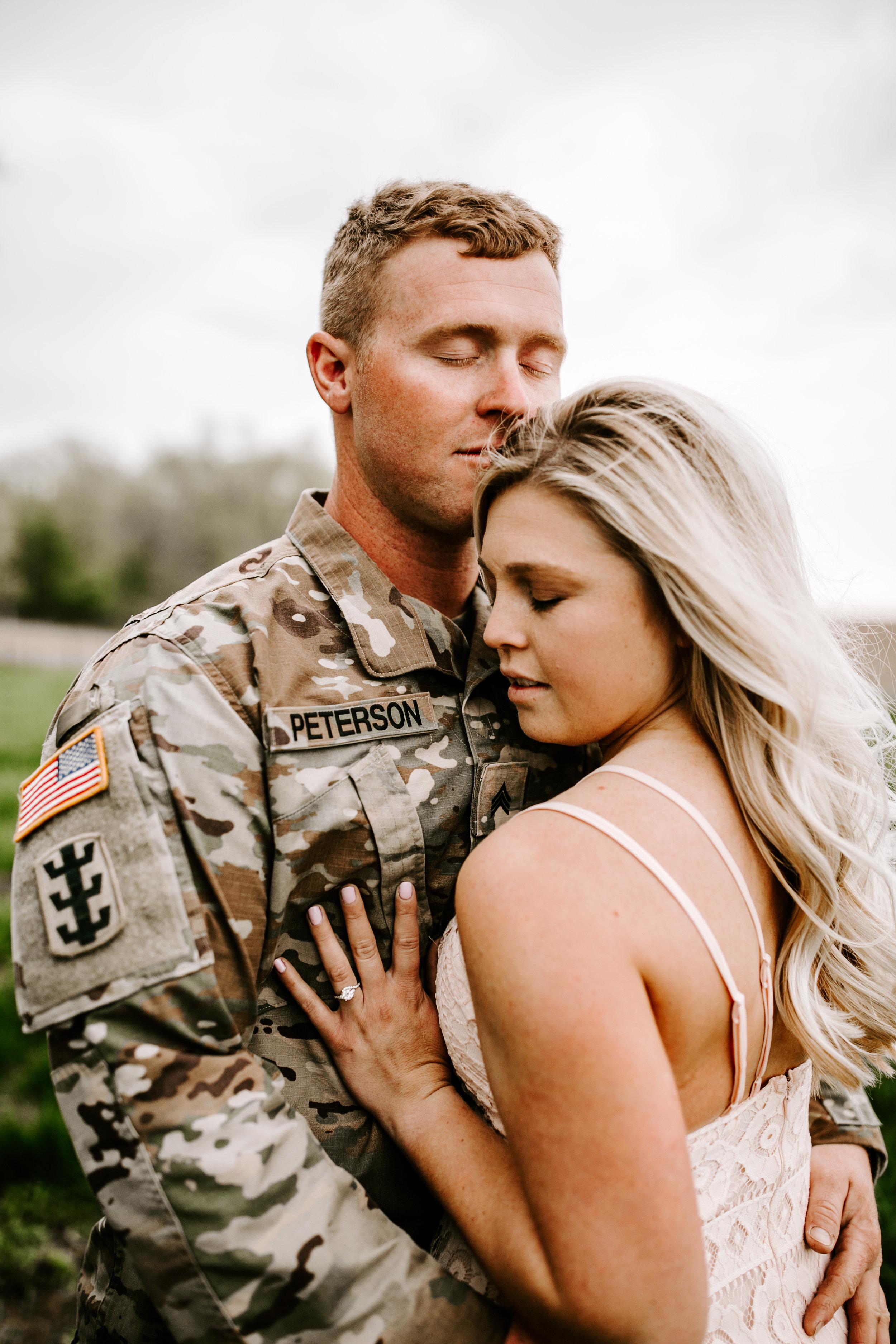 gracetphotography-wedding-photographer-adventure-bride-engagement-30.jpg