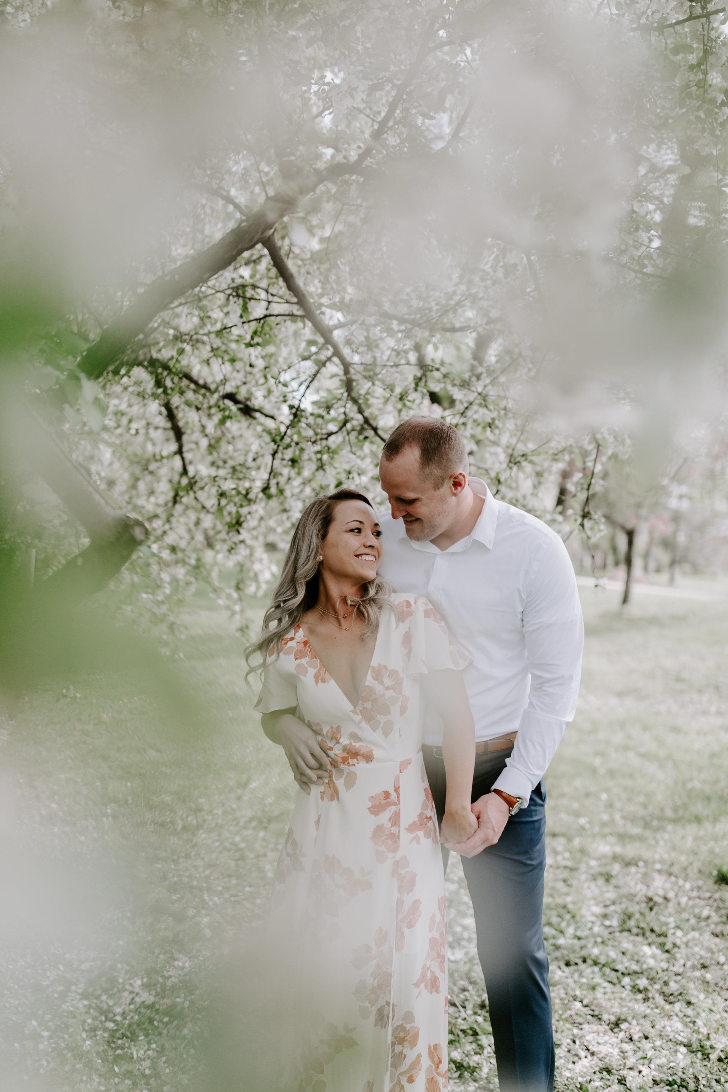 gracetphotography-wedding-photographer-adventure-bride-engagement-midwest-5.jpg