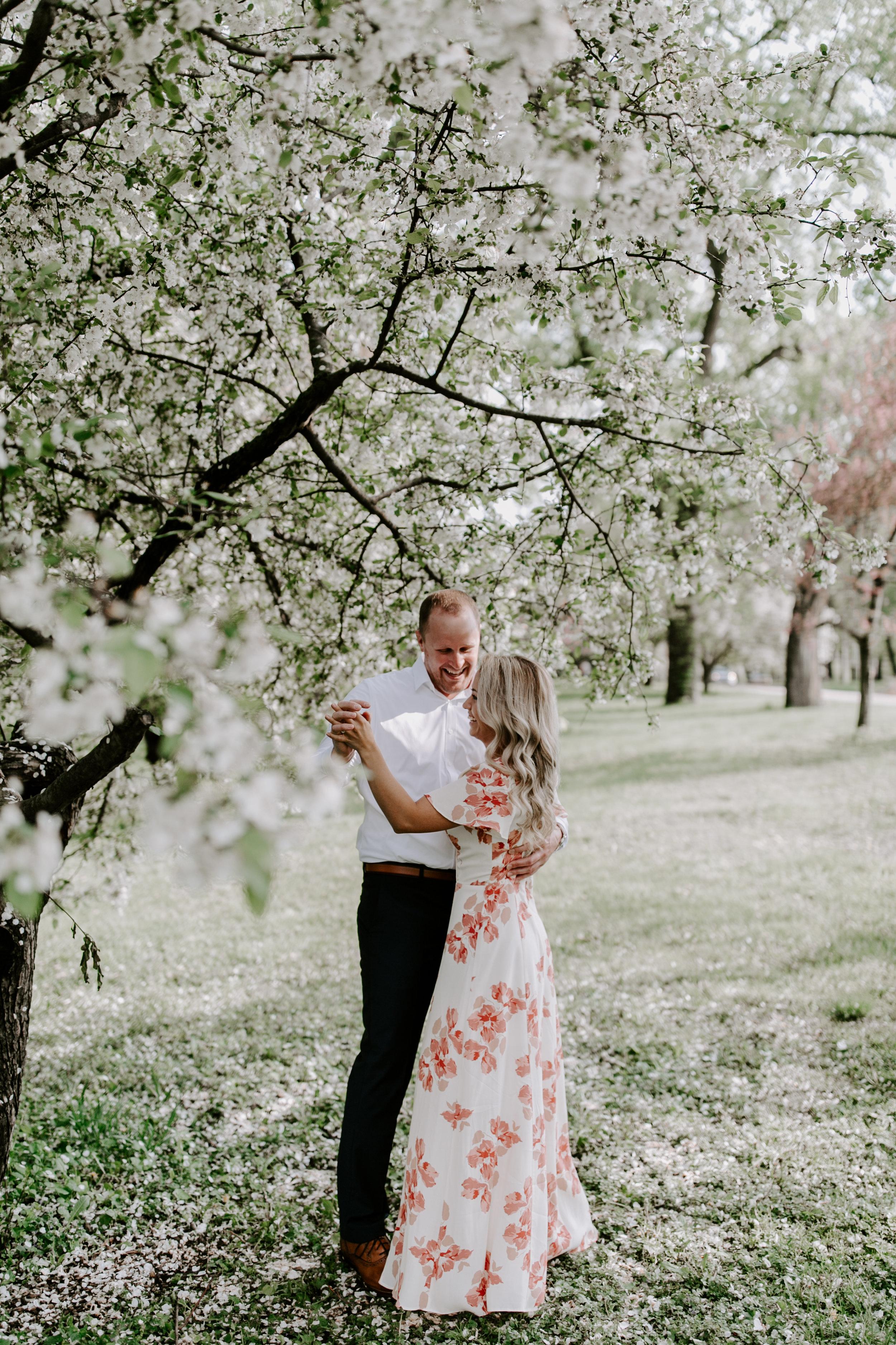 gracetphotography-wedding-photographer-adventure-bride-engagement-midwest-4.jpg