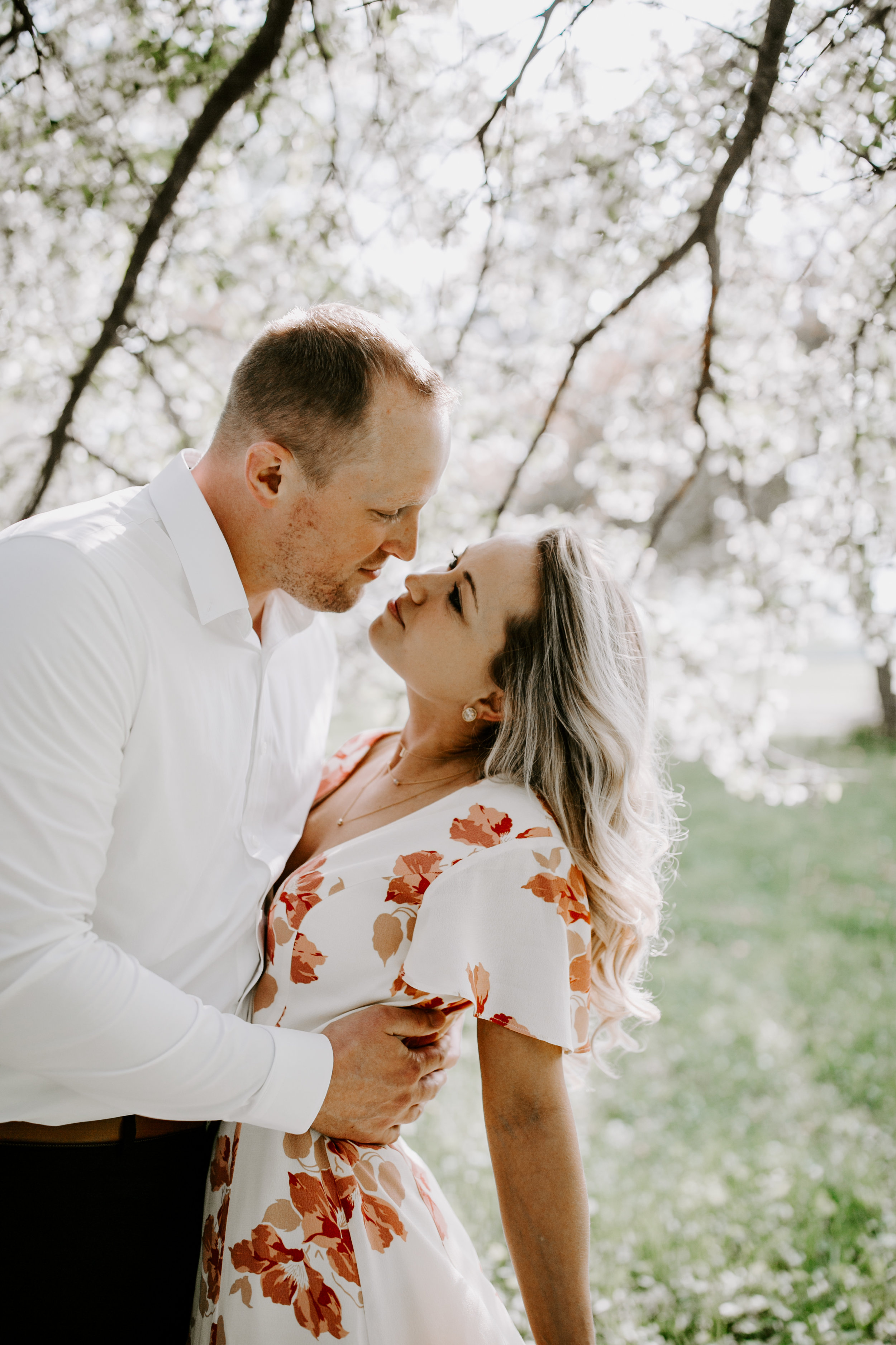 gracetphotography-wedding-photographer-adventure-bride-engagement-midwest-9.jpg