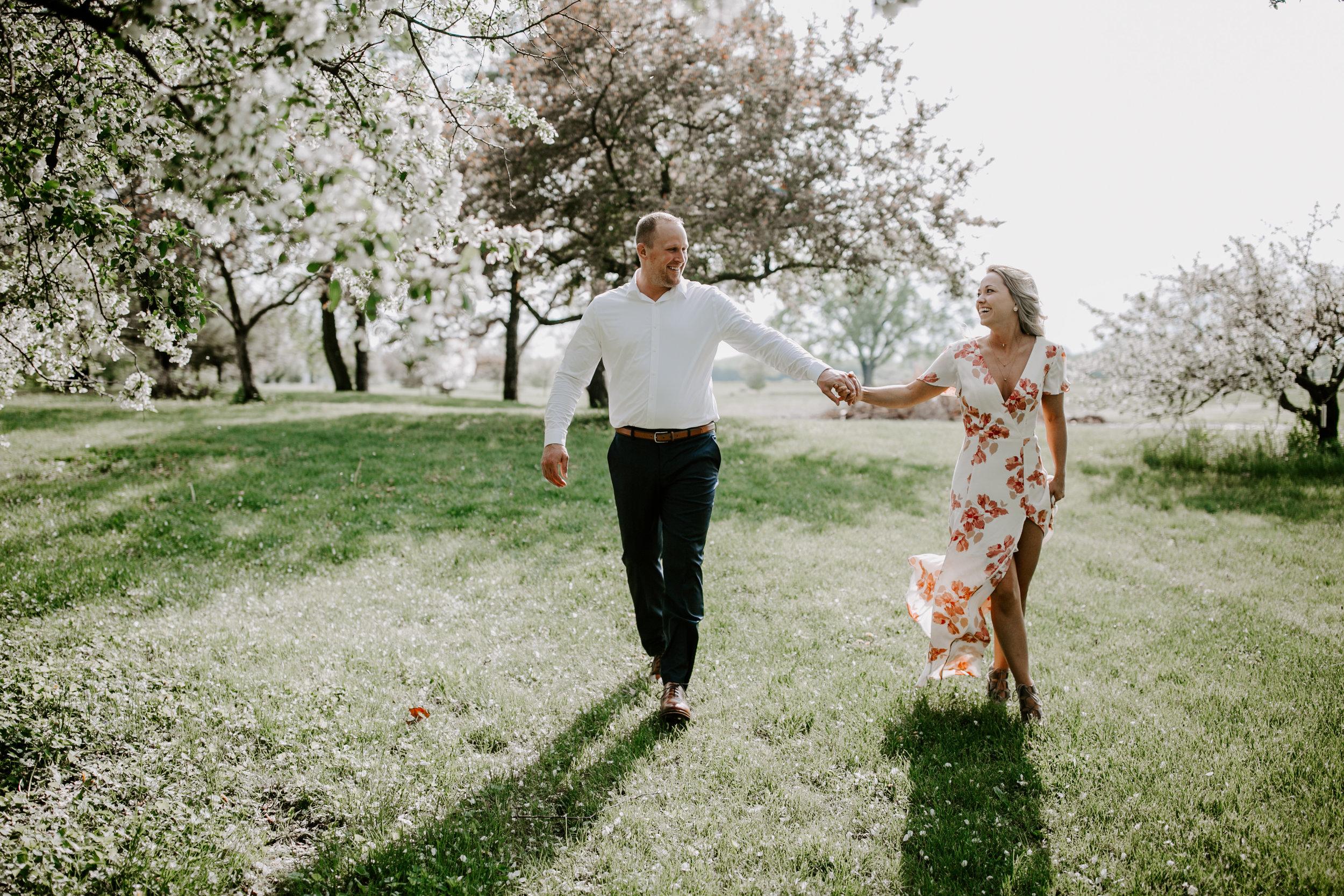 gracetphotography-wedding-photographer-adventure-bride-engagement-midwest-6.jpg