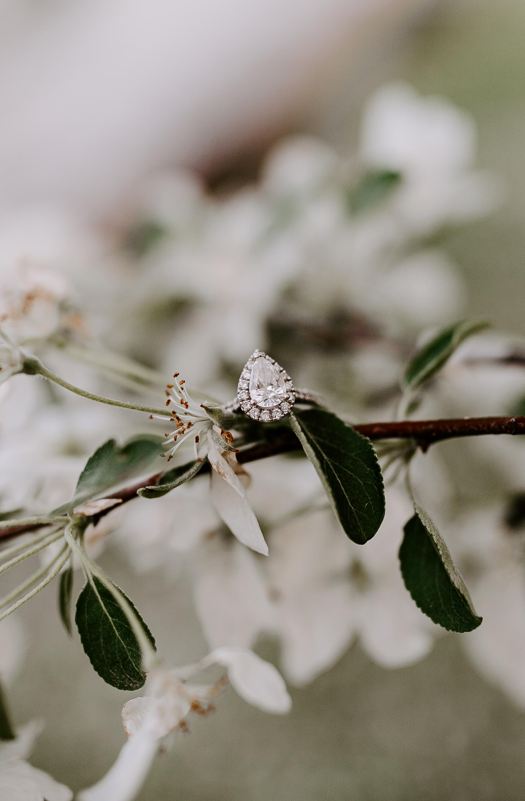 gracetphotography-wedding-photographer-adventure-bride-engagement-midwest-25.jpg