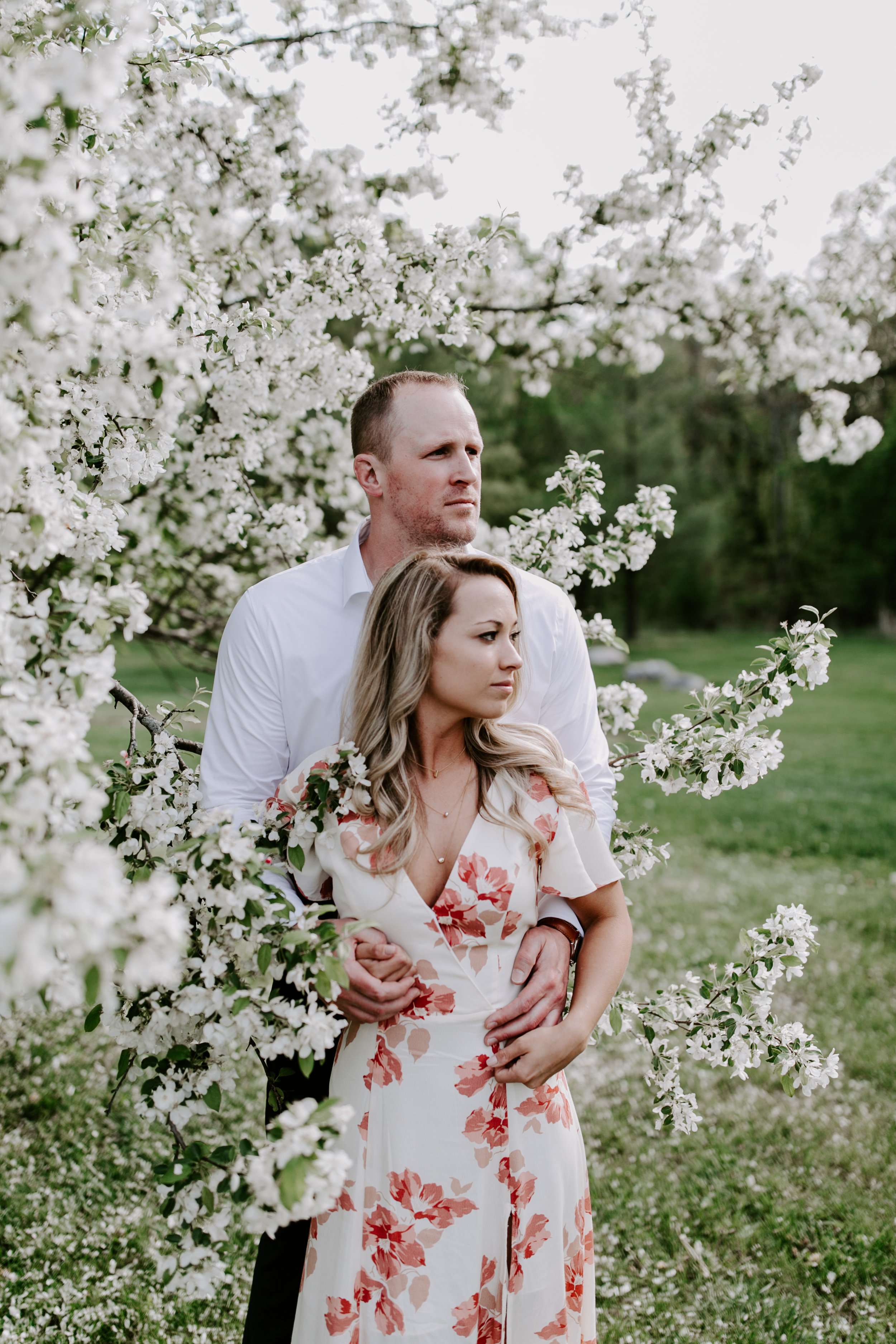 gracetphotography-wedding-photographer-adventure-bride-engagement-midwest-28.jpg
