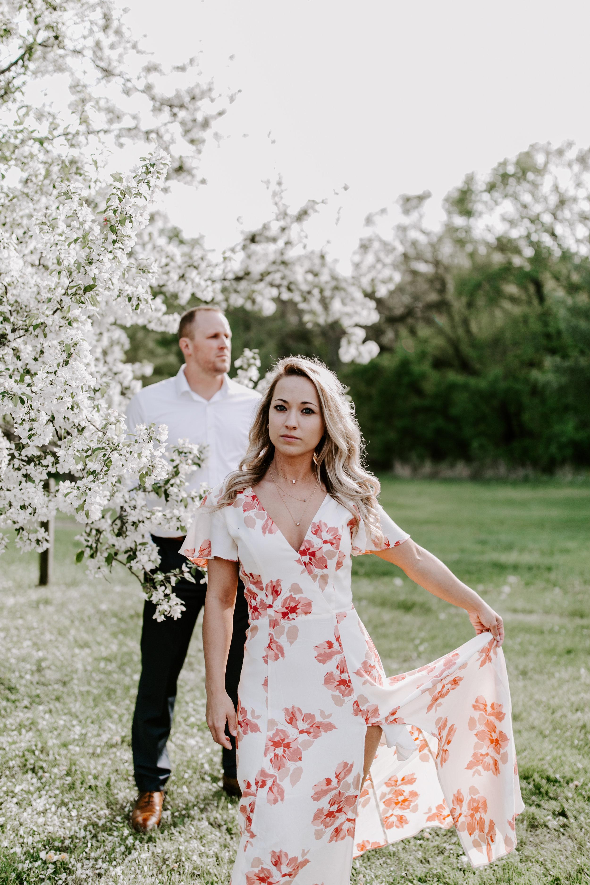 gracetphotography-wedding-photographer-adventure-bride-engagement-midwest-29.jpg