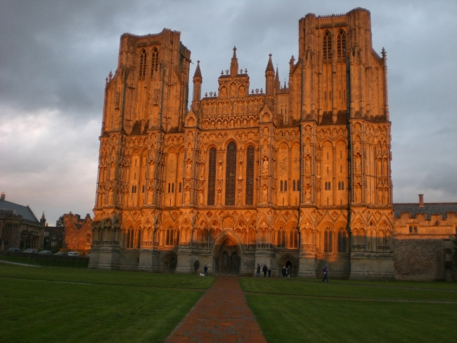 Cathedral Church of St. Andrew, Wells, UK (sunset view without the author spoiling the view, Oct 2010)