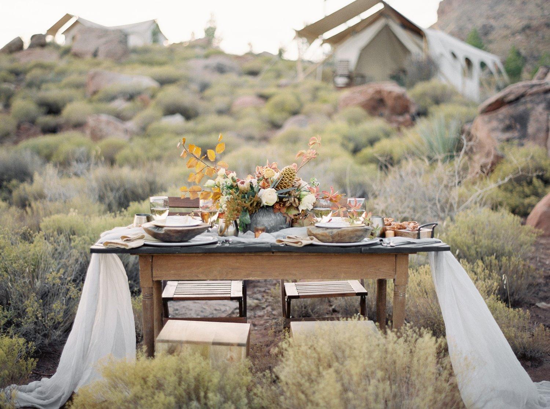zion elopement tablescape