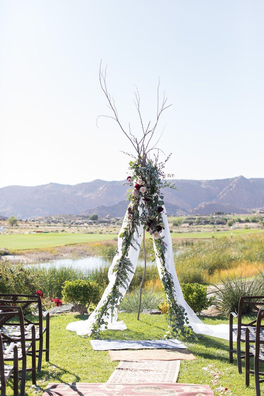 boho inspired wedding backdrop