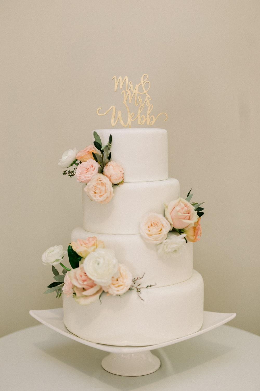 blush + peach cake flowers