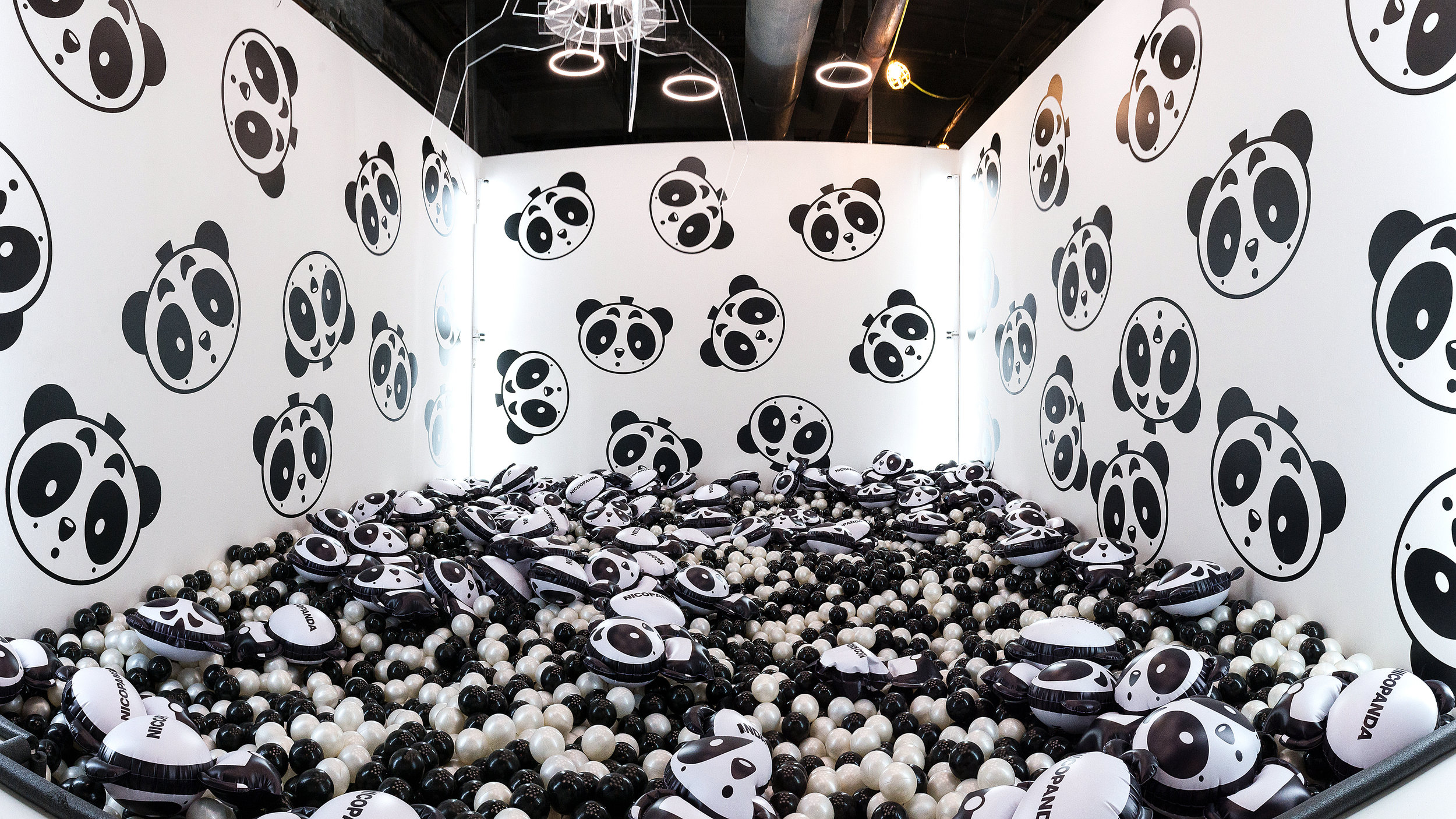 """Refinery 29 """"29 Rooms"""" Activation during NYFW SS17"""