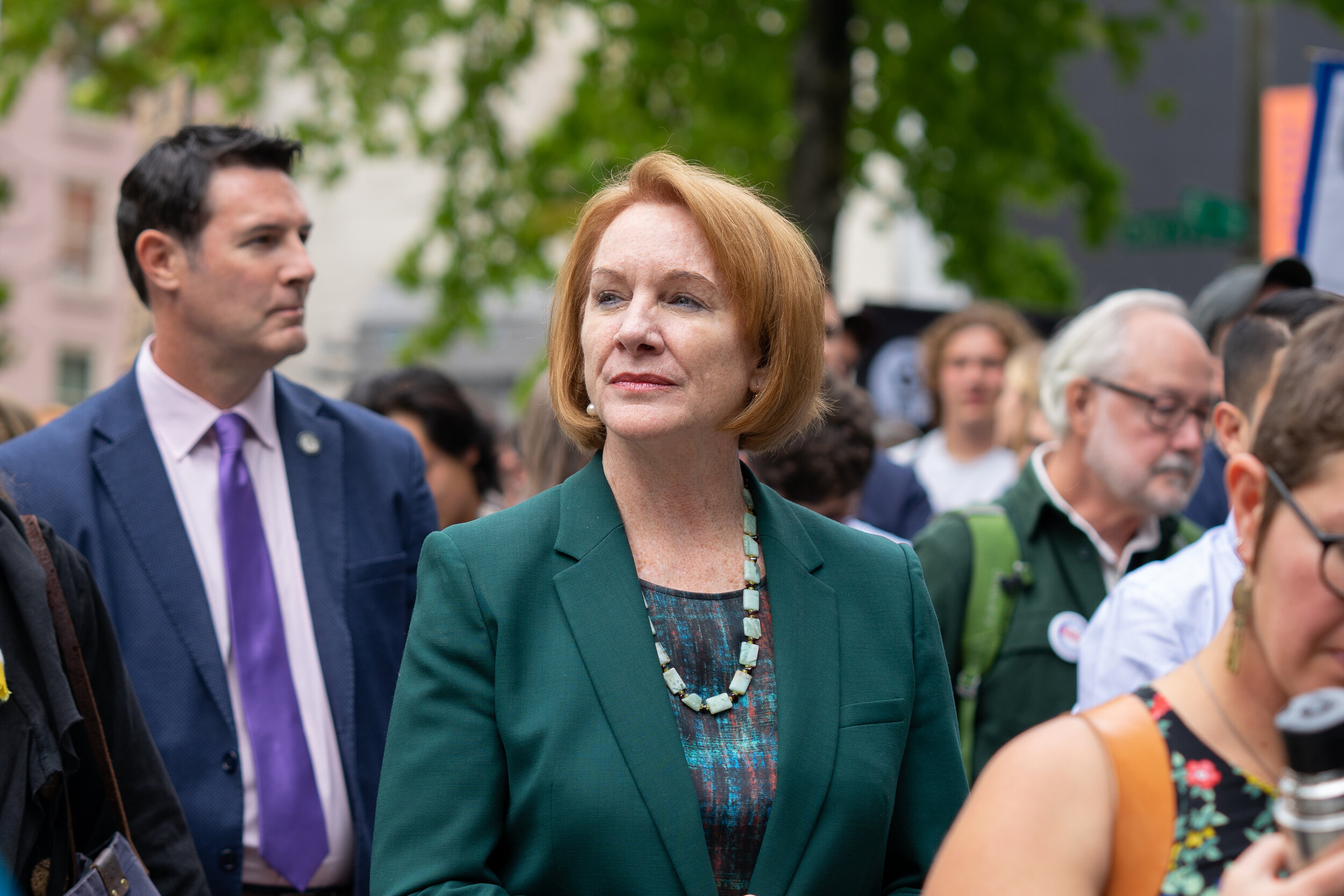 Seattle Mayor Jenny Durkan walks through the crowd at City Hall during the Global Climate Strike in Seattle, Washington, U.S., on Friday, Sept. 20, 2019. (Bloomberg)