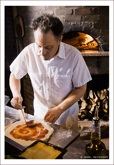 pic+cb+putting+sauce+on+pizza.jpg