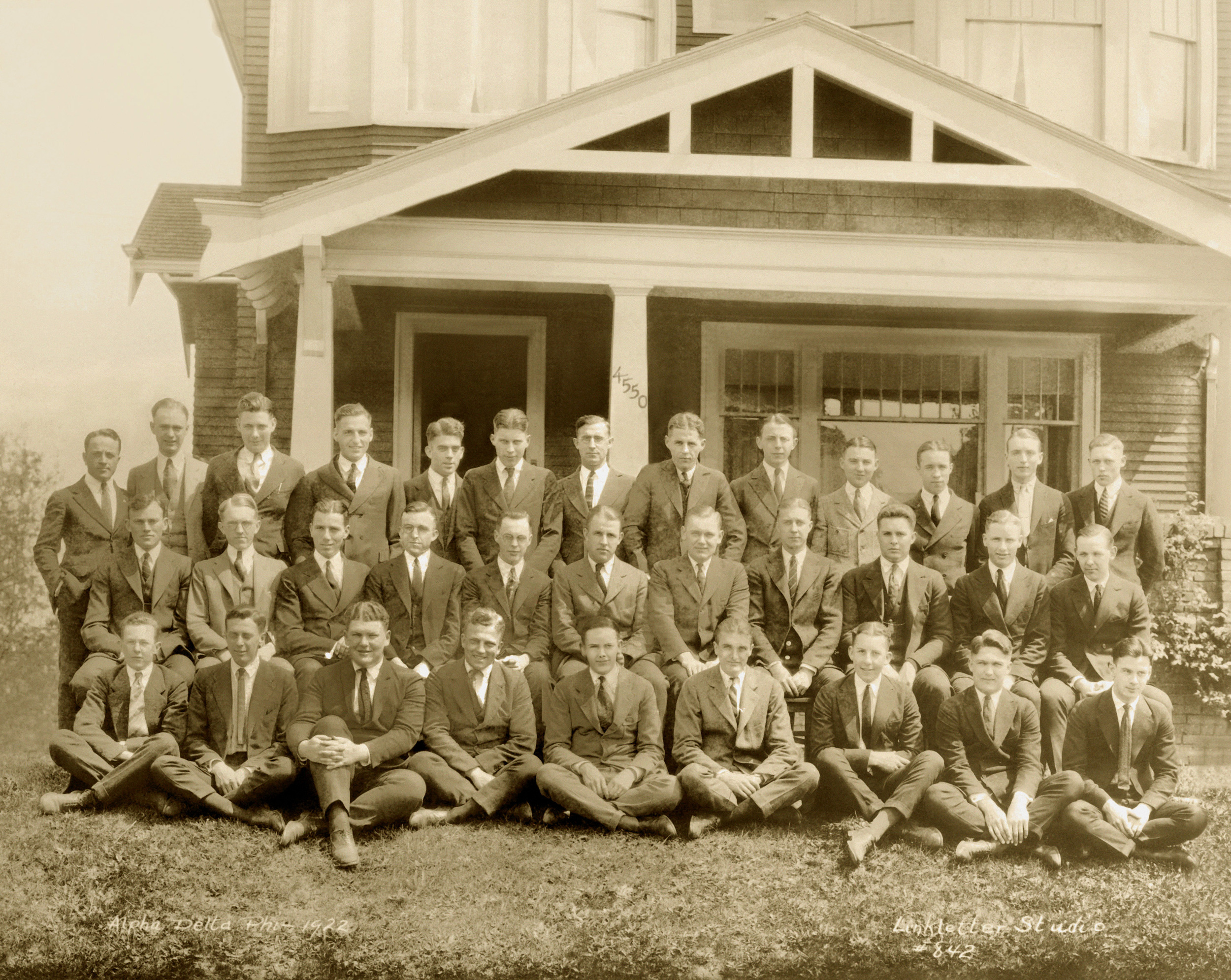 Class Picture 1922.jpg