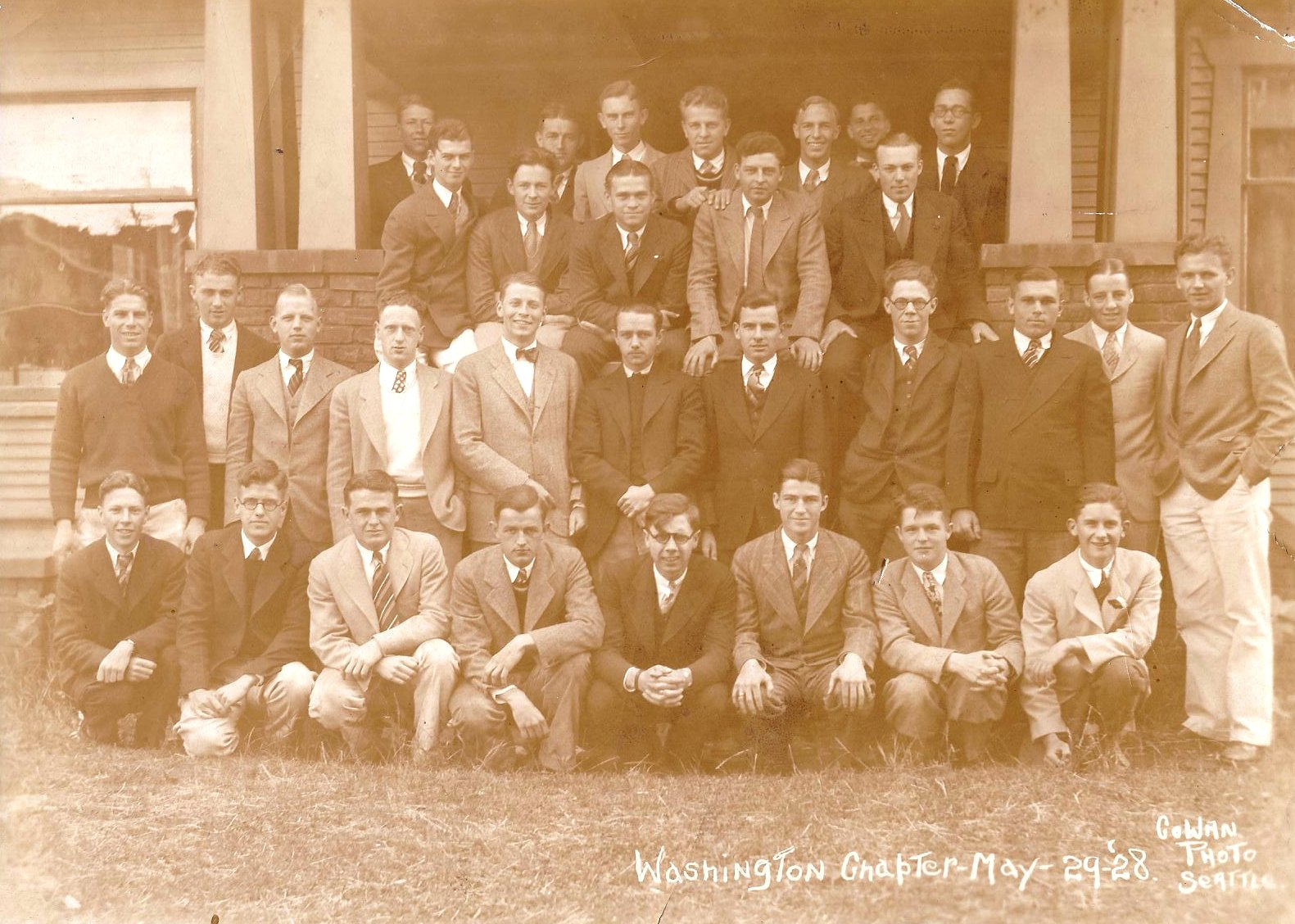 Class Picture 1928-1929.jpg