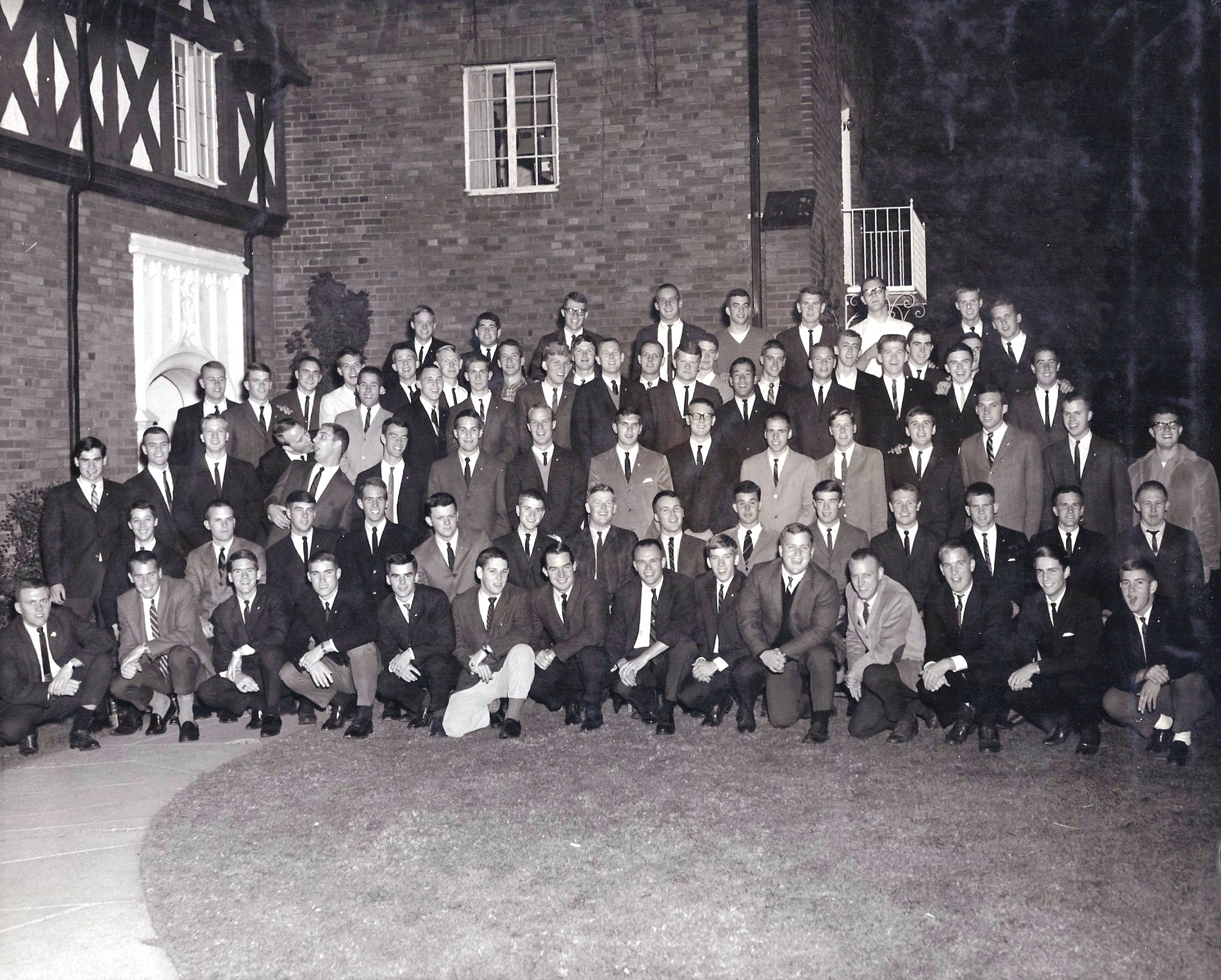 Class Picture 1964-1965.jpg