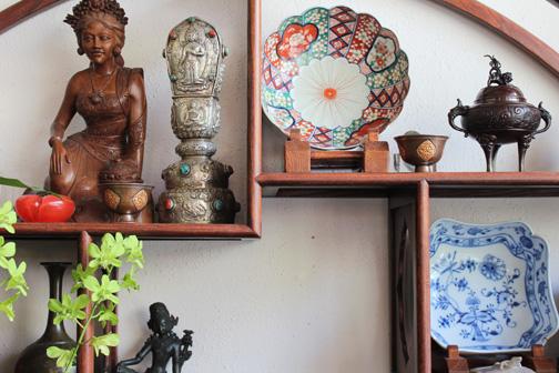 The Art Treasures Gallery - Nuuanu Avenue